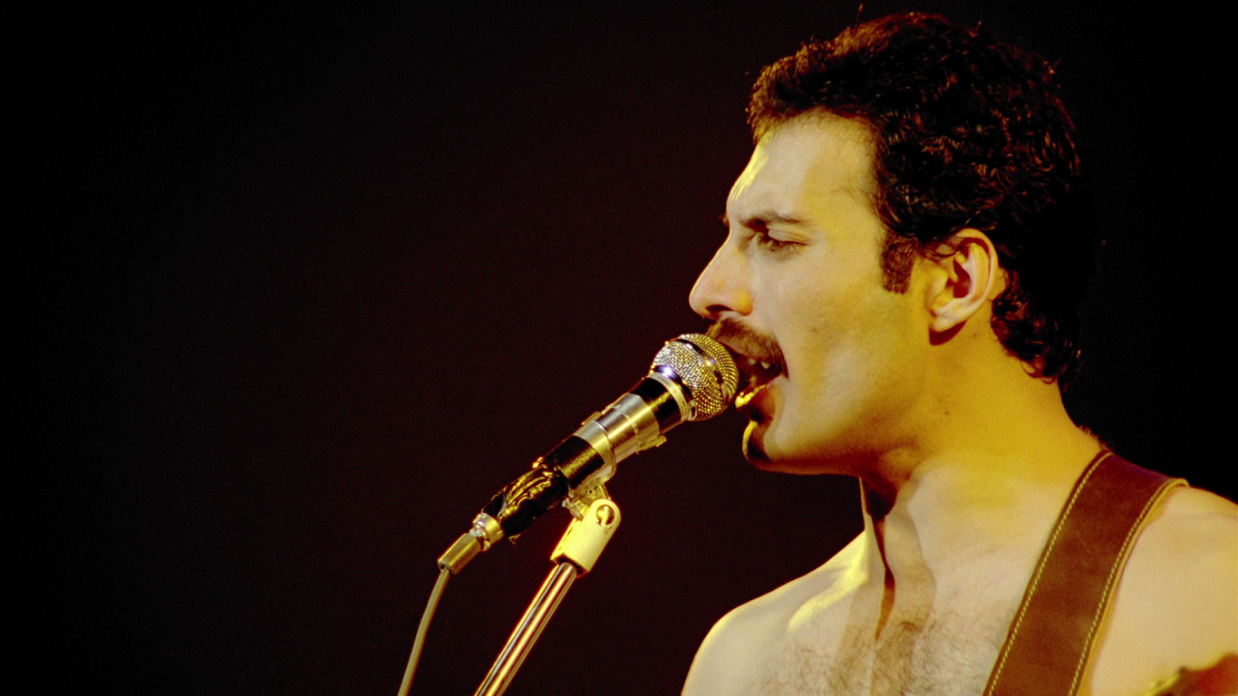 queen freddie Mercury singers HD Wallpaper