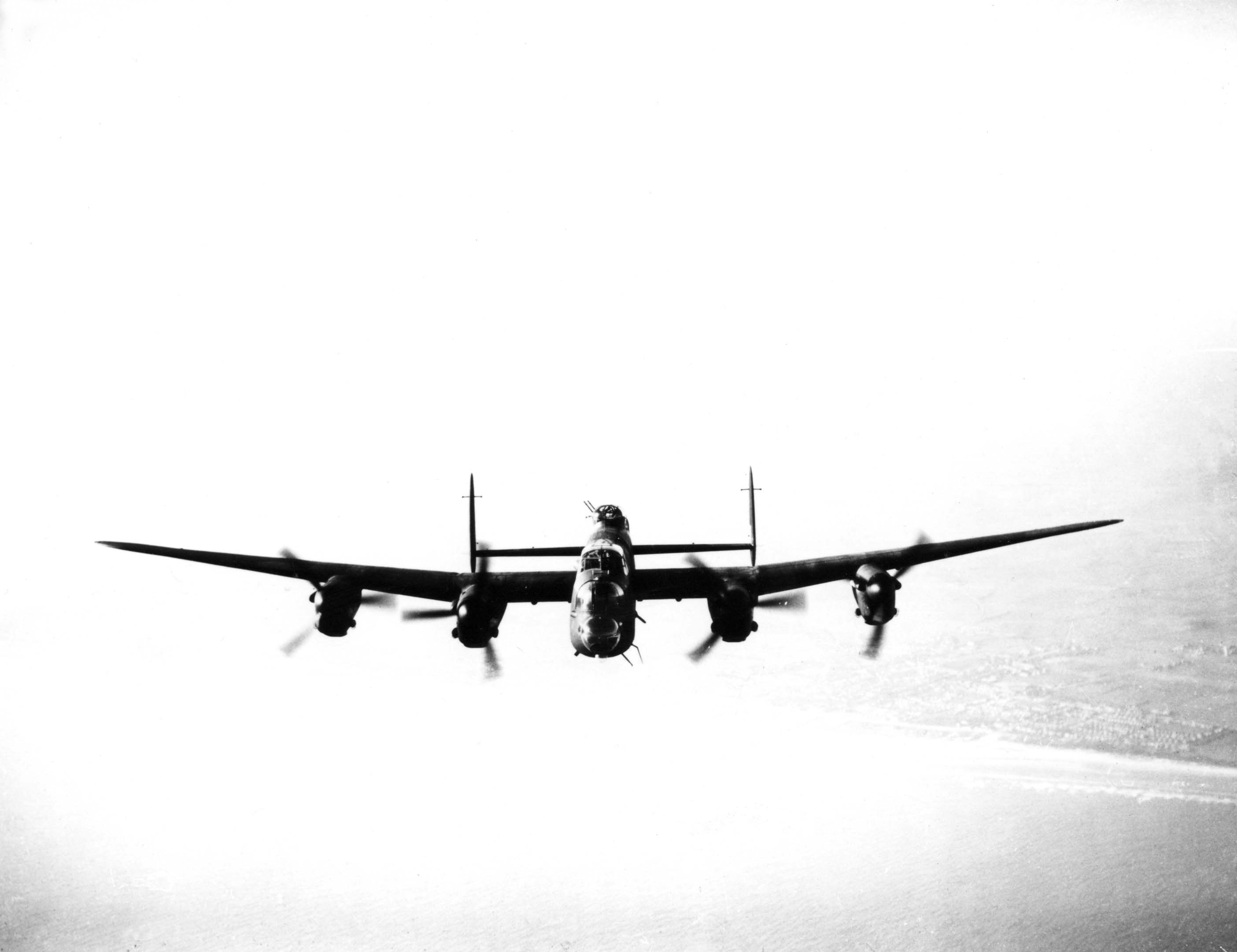 raaf avro Lancaster or HD Wallpaper
