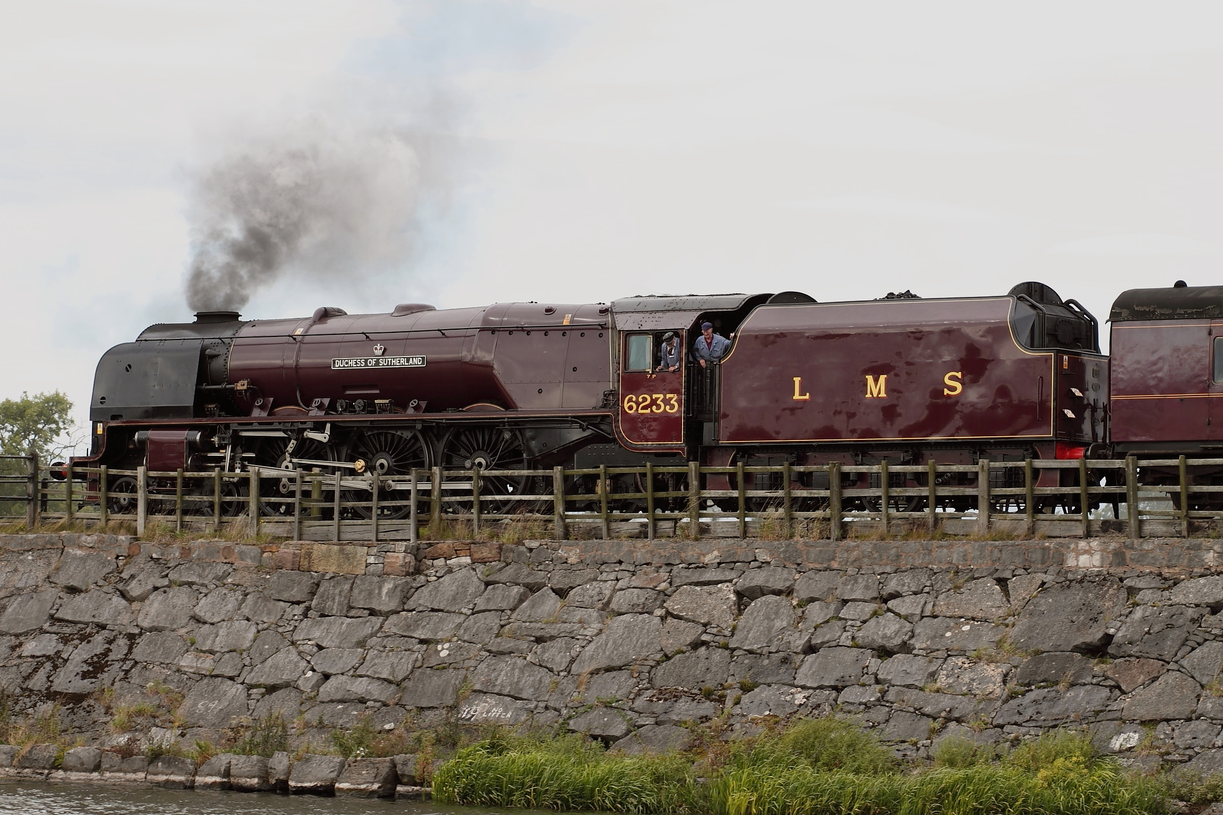 smoke trains LMS rivers HD Wallpaper