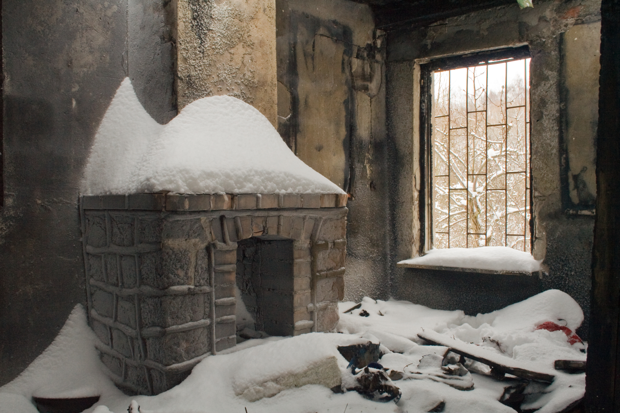 snow indoors fireplace HD Wallpaper