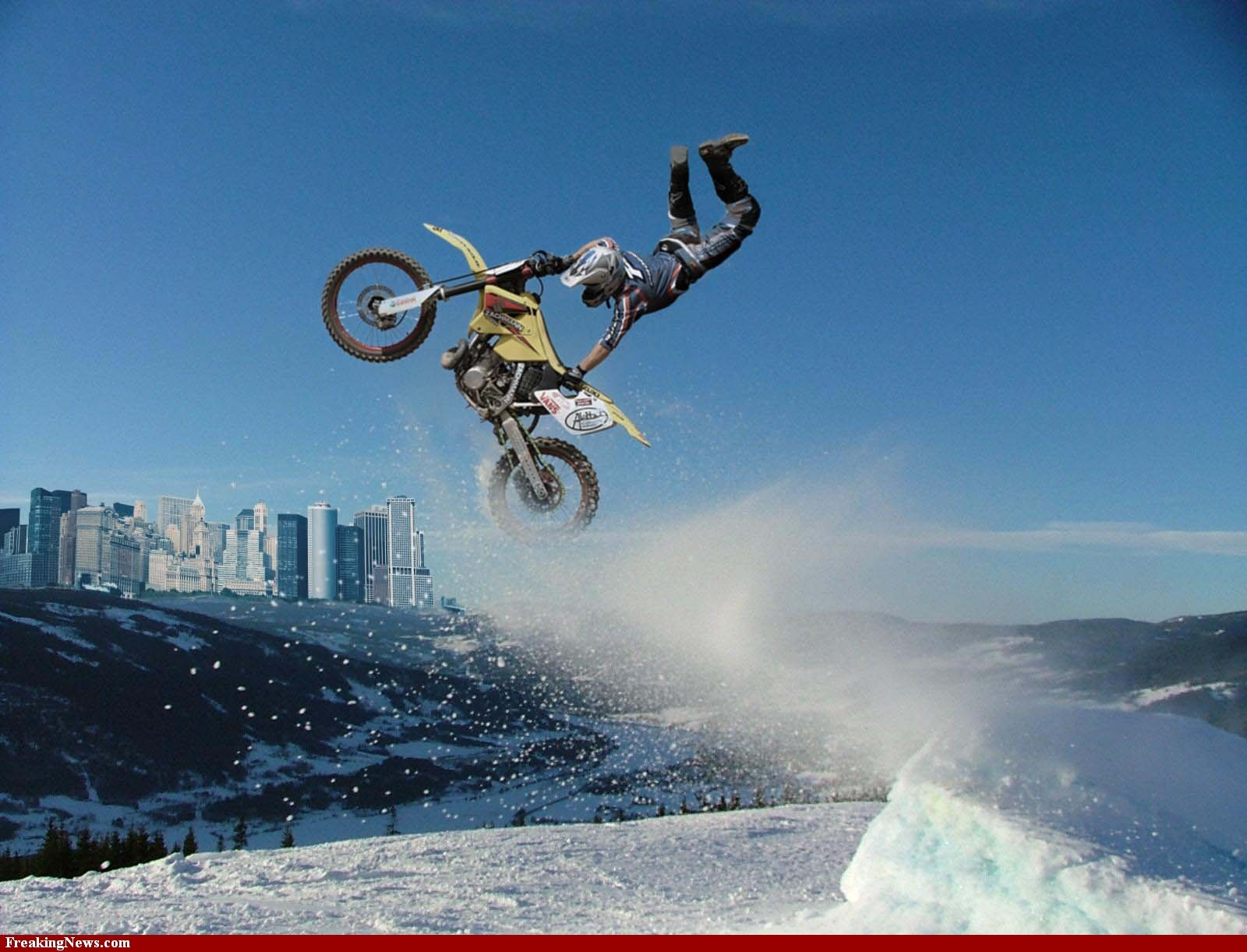 snow motocross high bike HD Wallpaper