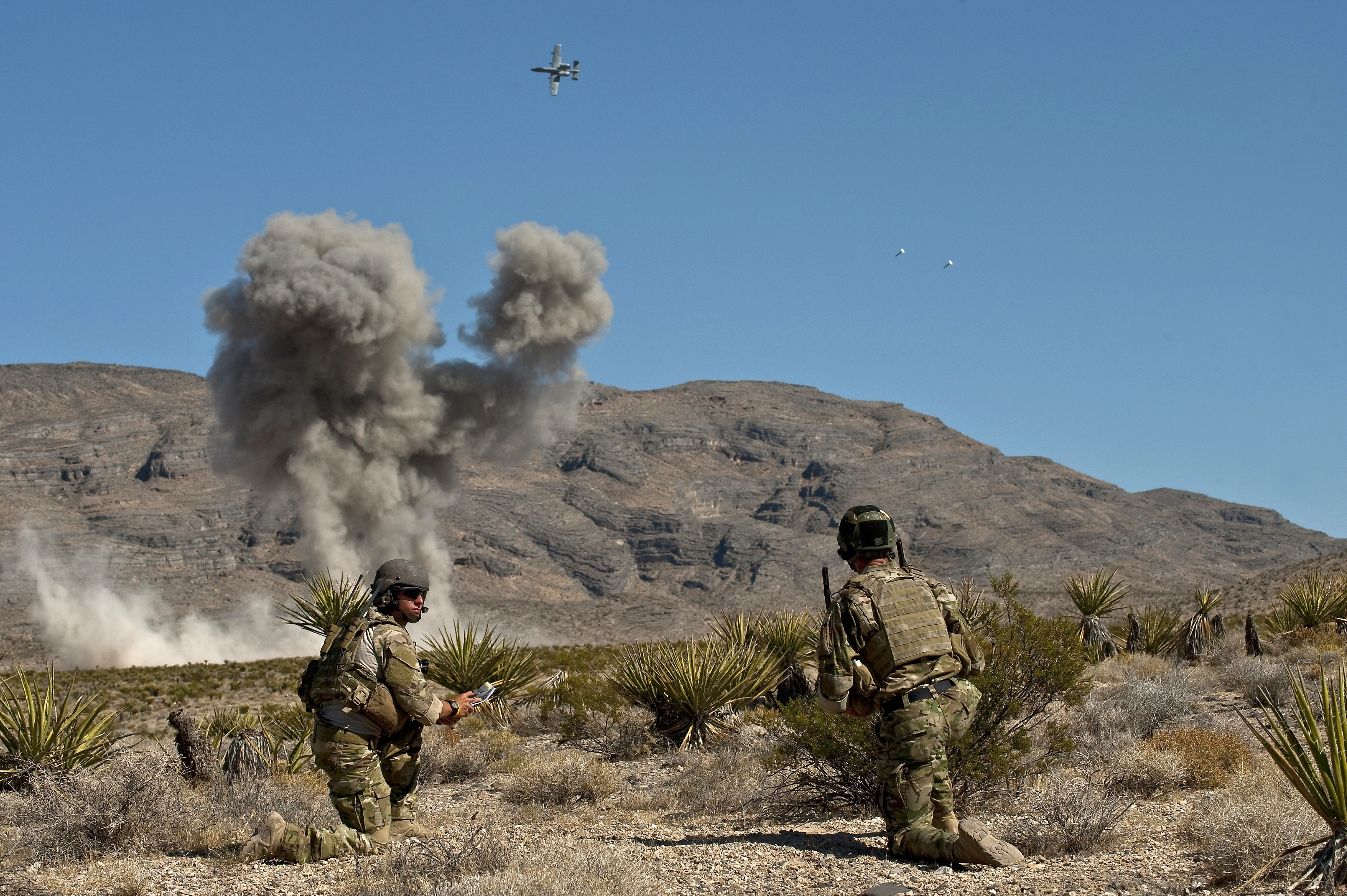 soldiers Aircraft bombs explosions