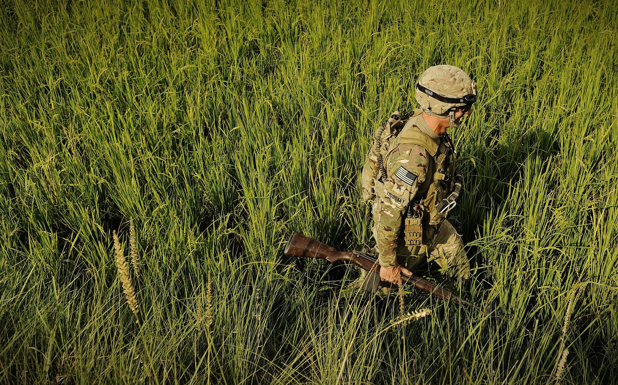 soldiers Army military Multicam HD Wallpaper