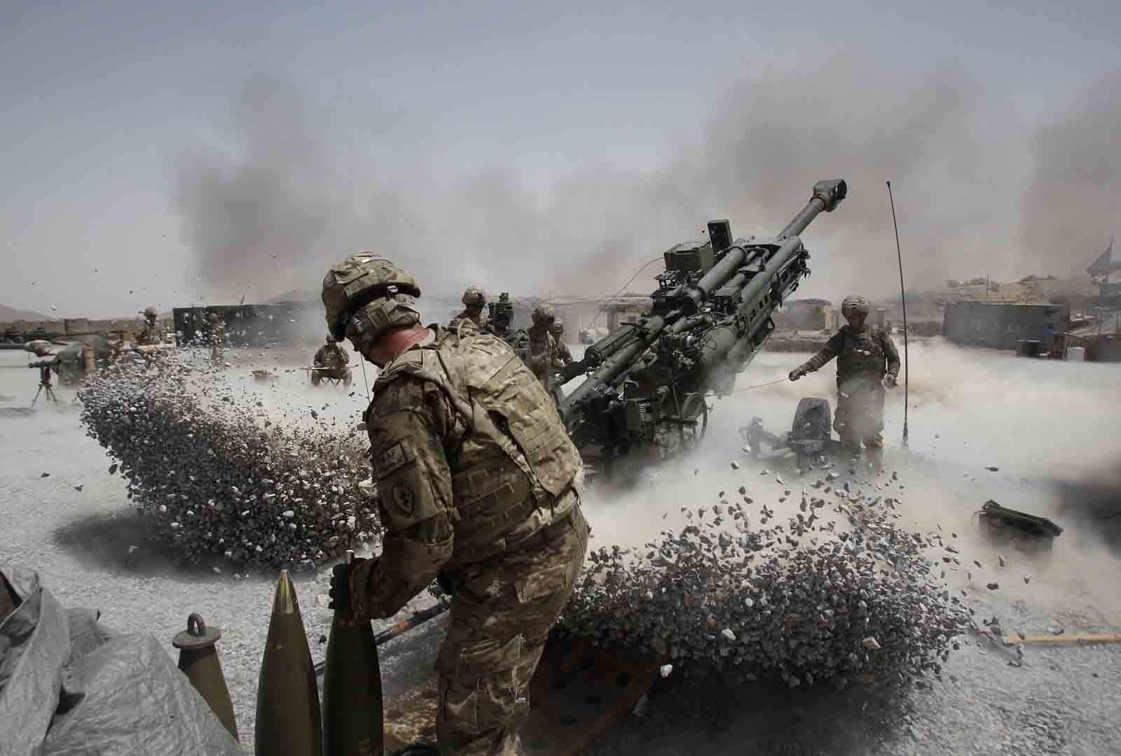 soldiers War military artillery HD Wallpaper