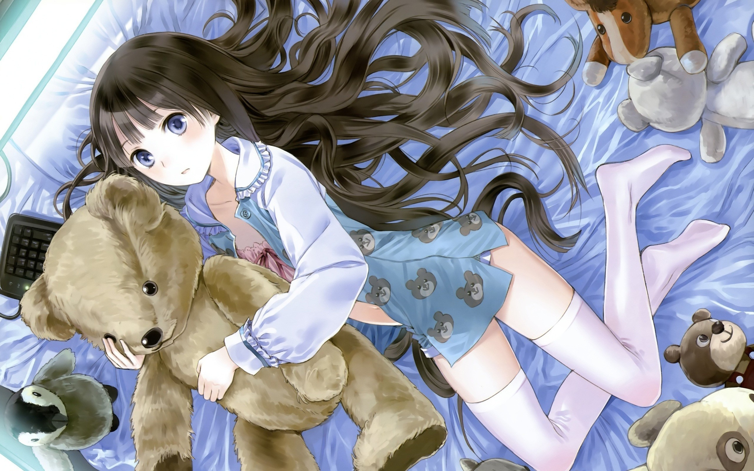 stockings blue eyes beds HD Wallpaper