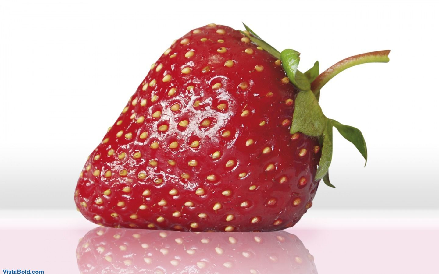 strawberries HD Wallpaper