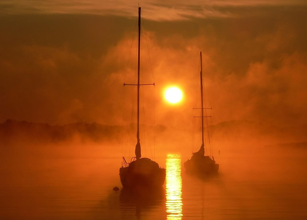 sunset fog ships mist HD Wallpaper