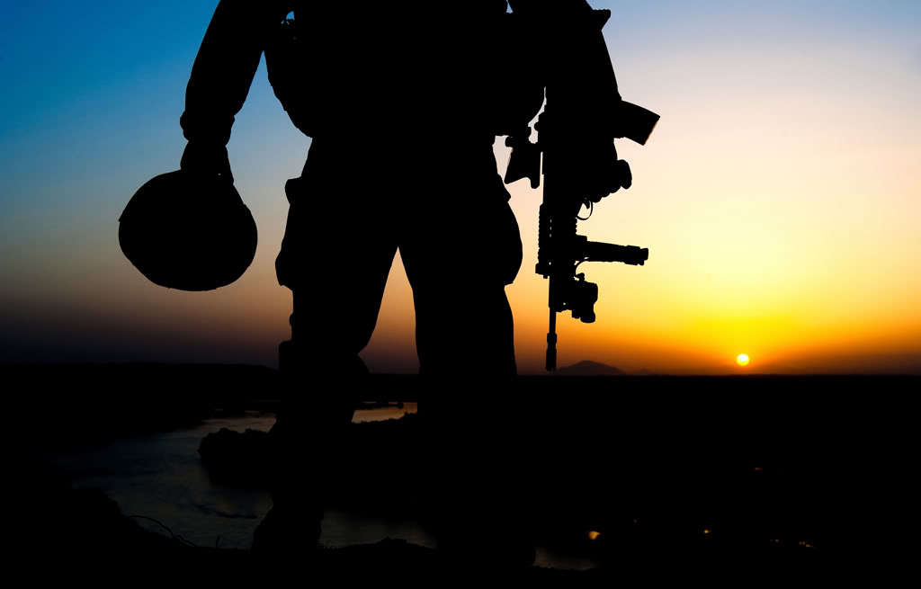sunset soldiers military HD Wallpaper