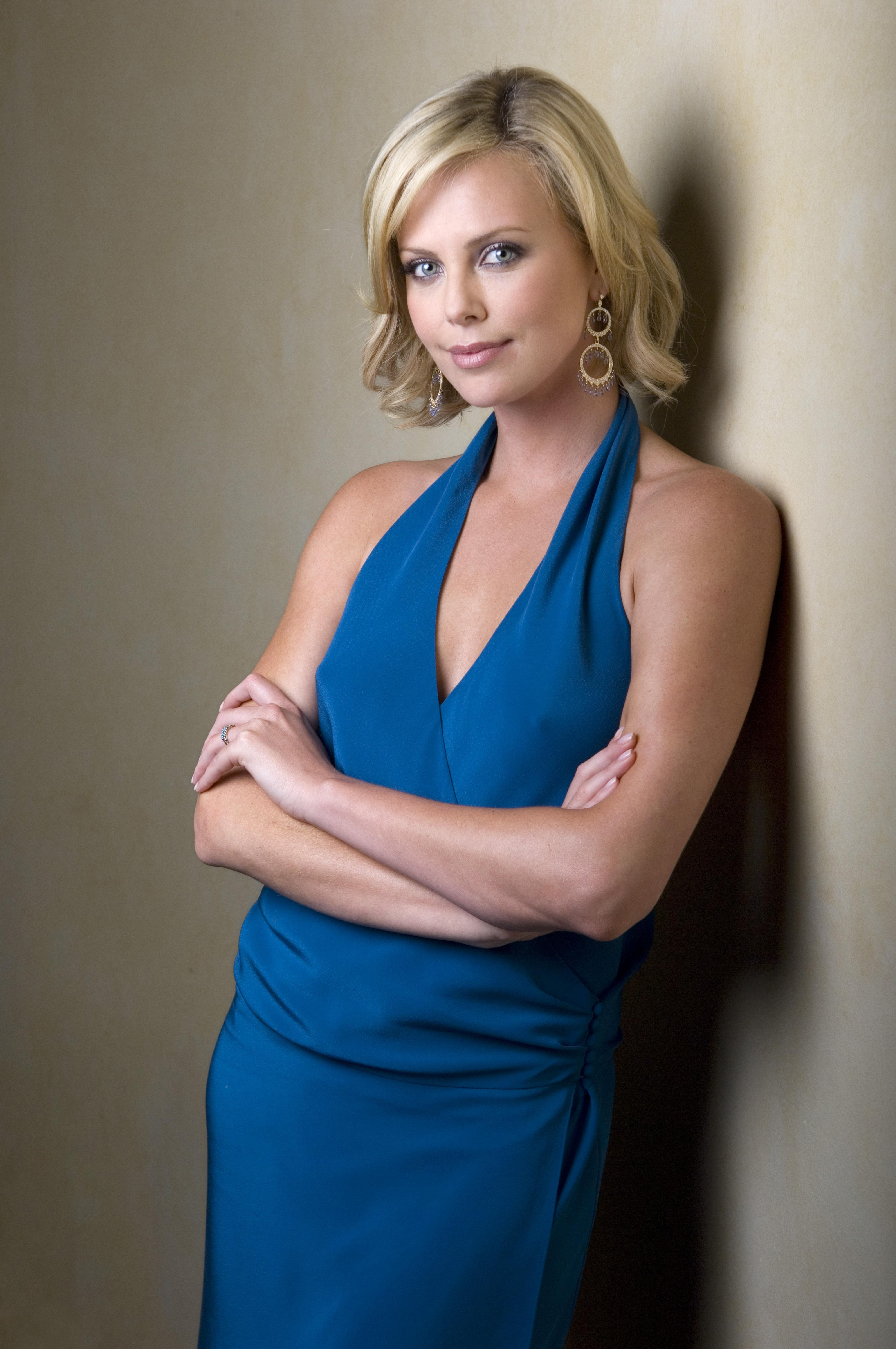 Theron Celebrity Charlize HD Wallpaper