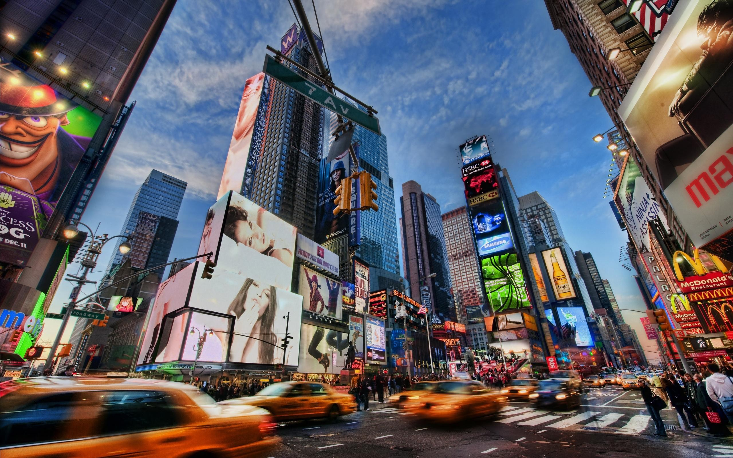 Times Square motion blur HD Wallpaper