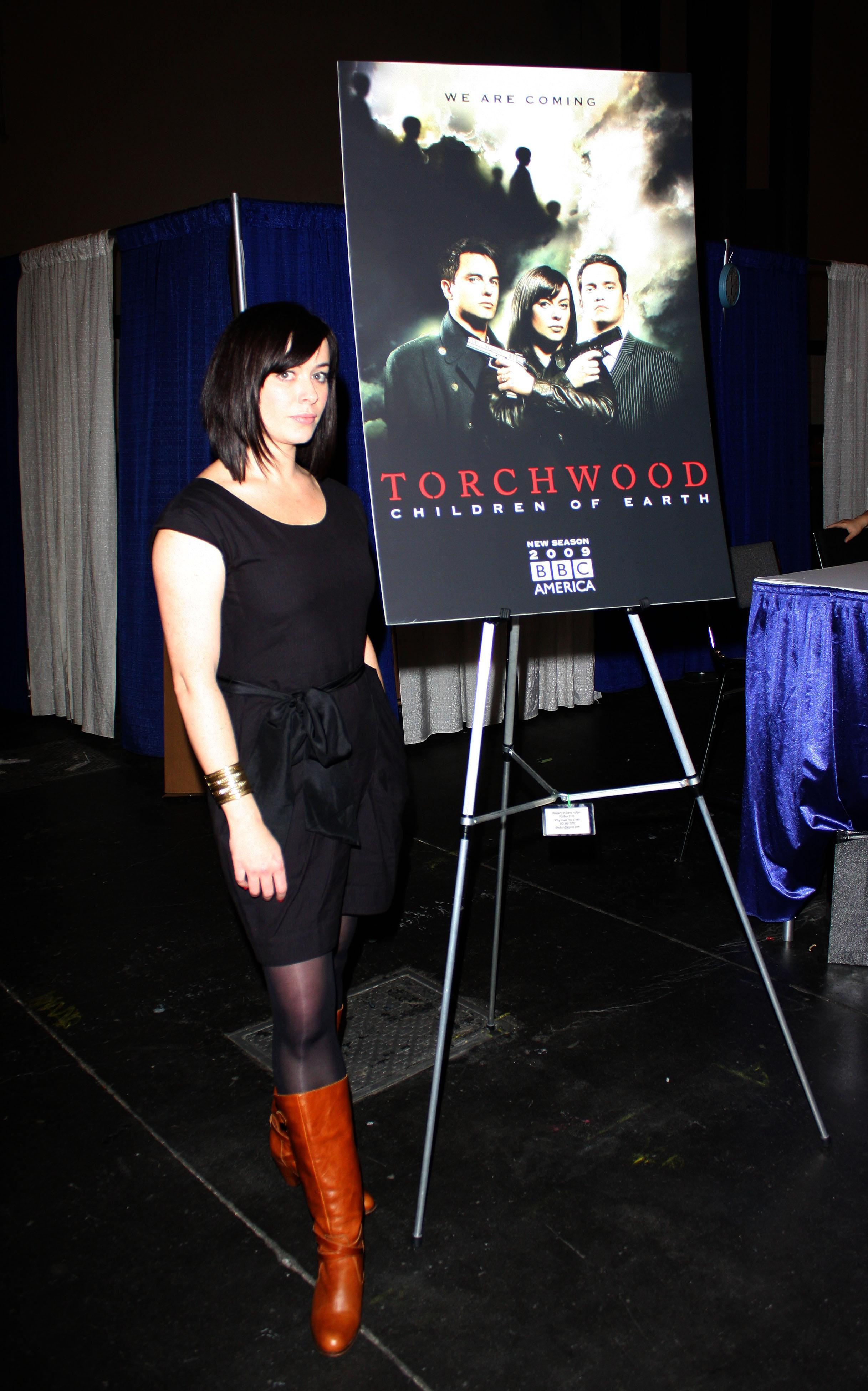 Torchwood eve myles Celebrity HD Wallpaper