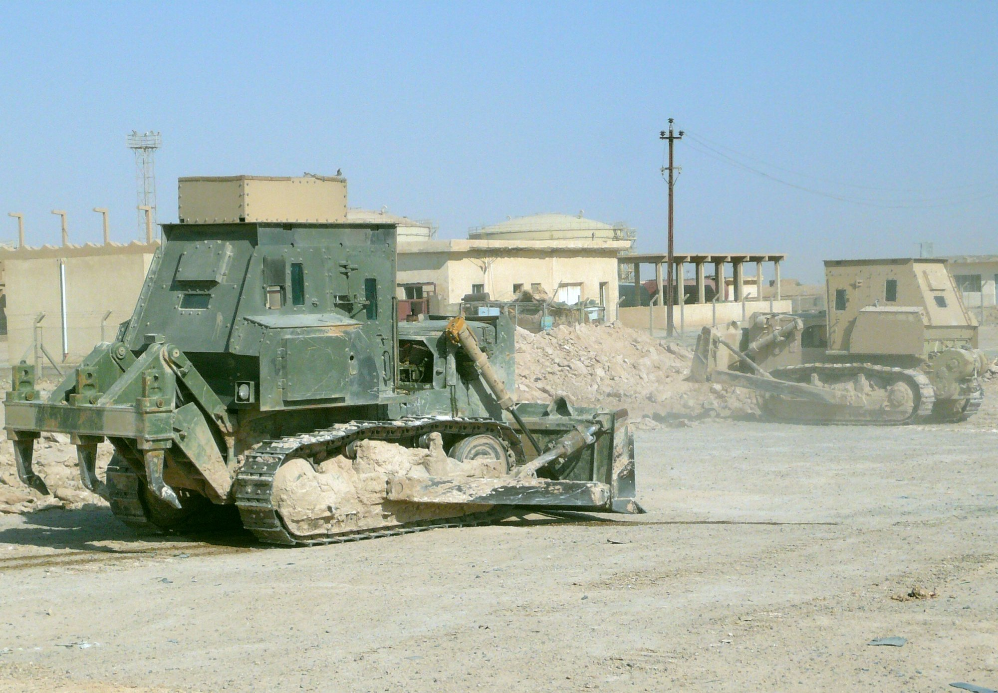 tractor caterpiller Armored bulldozers