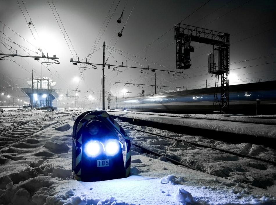 "\""trains"""