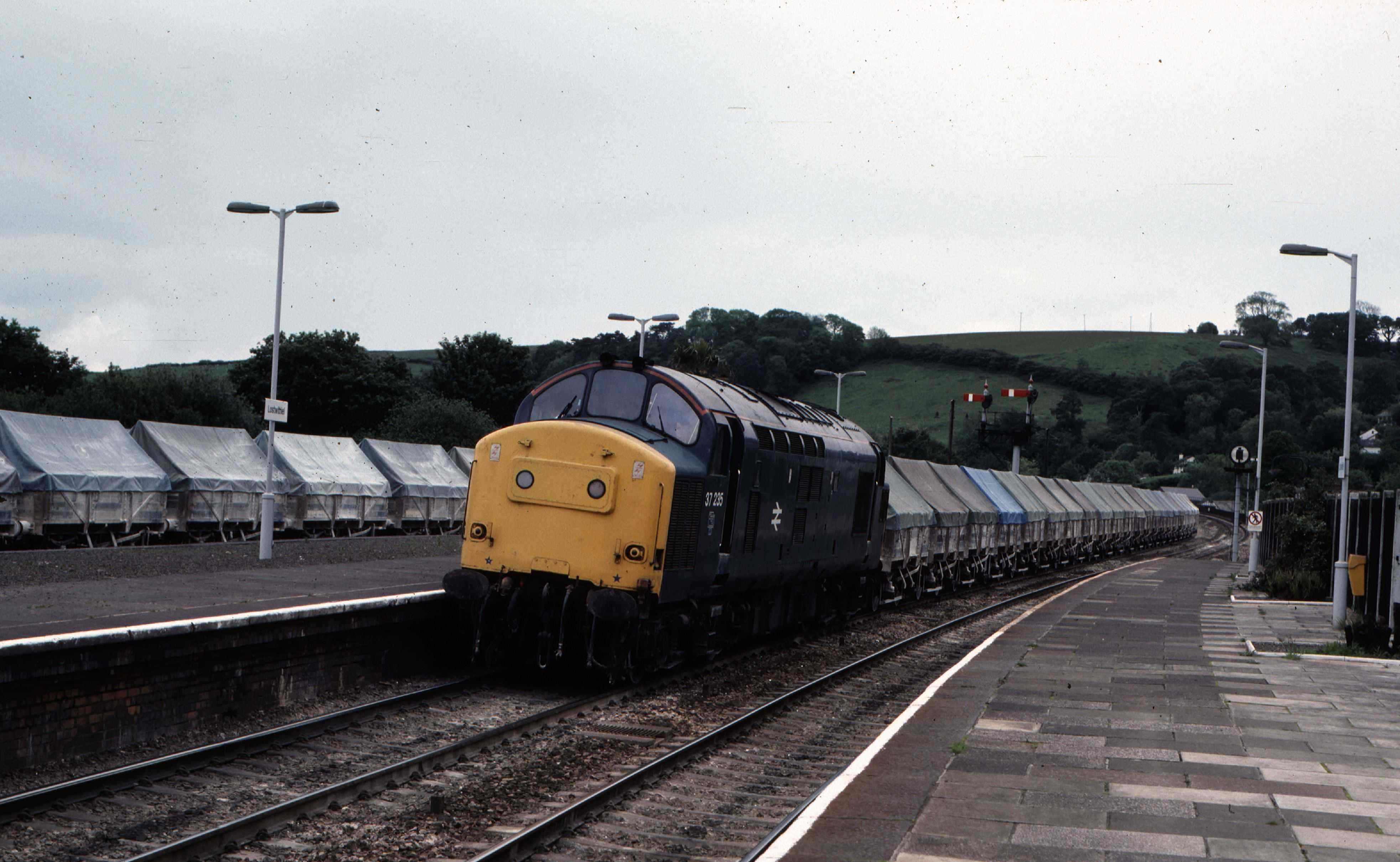 trains locomotives Class 37
