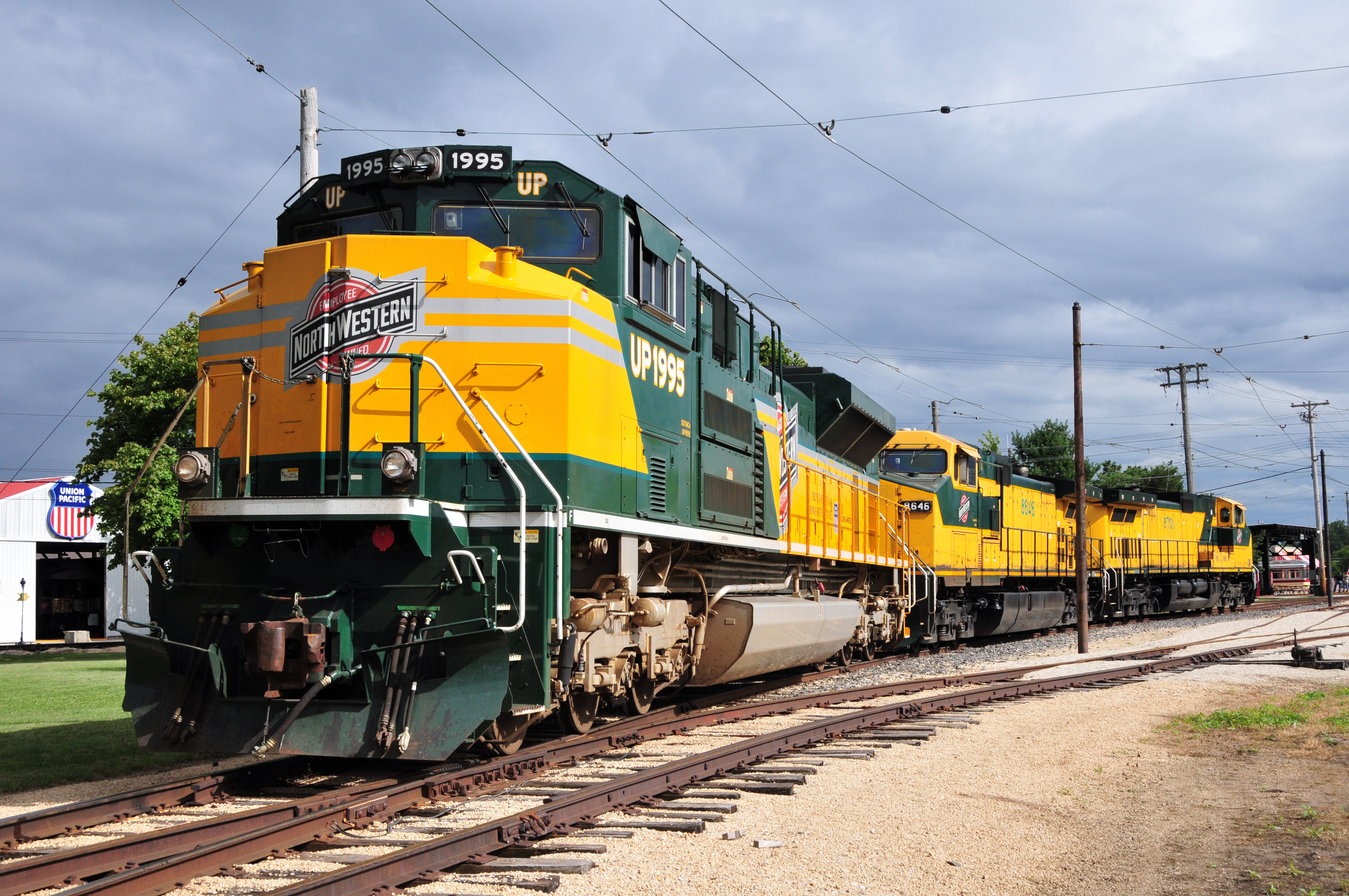 trains vehicles railroads train HD Wallpaper