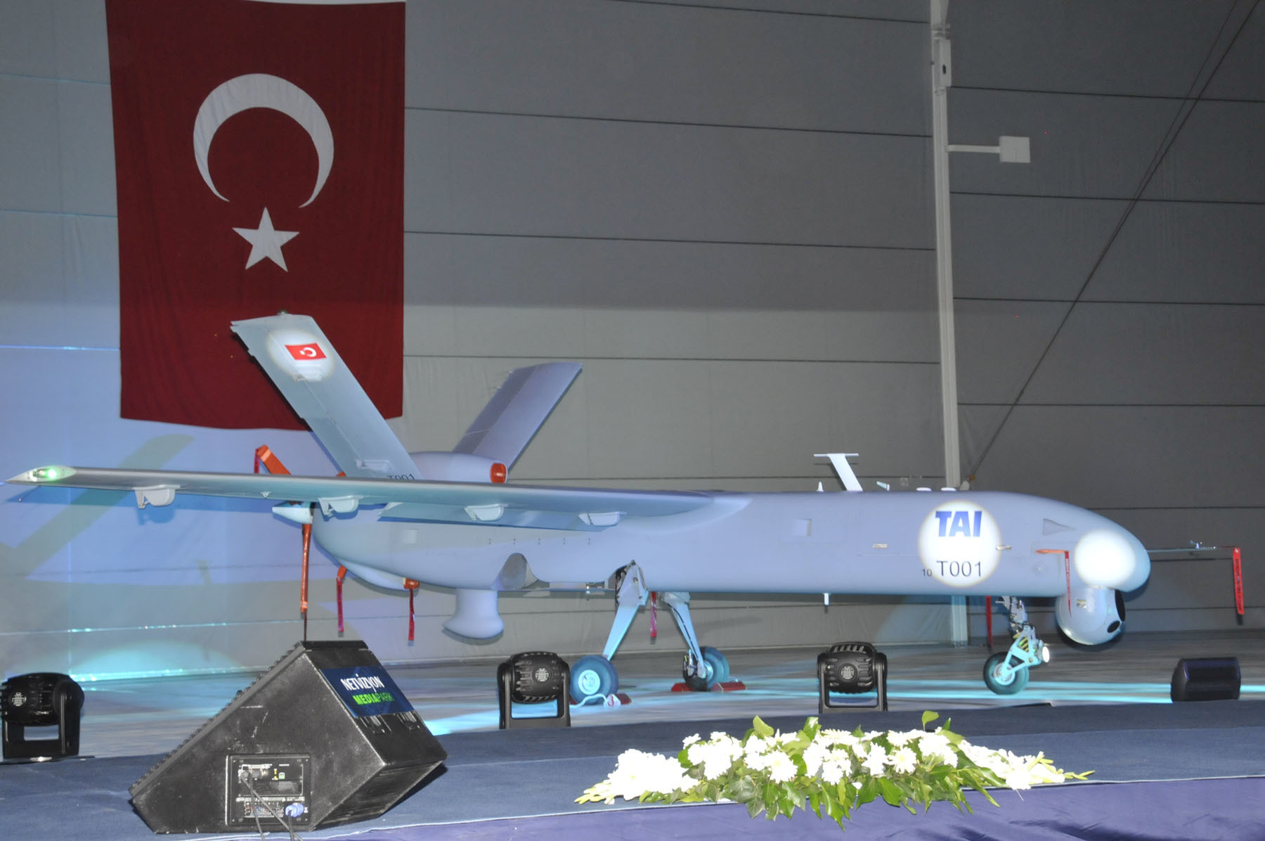 turkish uav drone HD Wallpaper