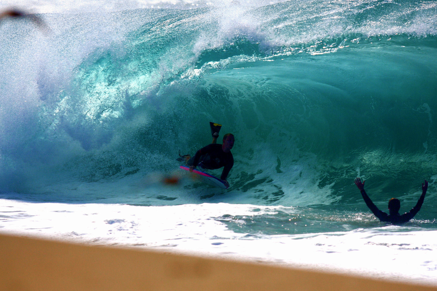 waves surfing surfers HD Wallpaper