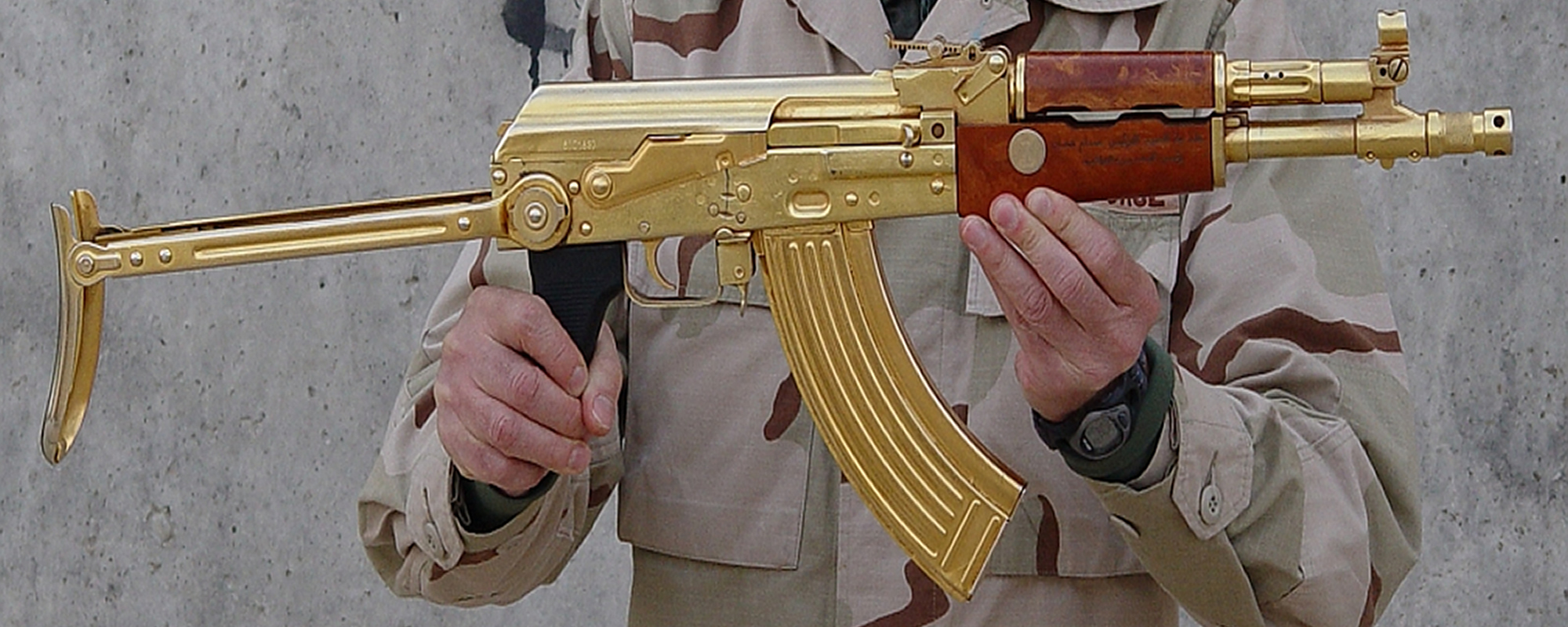 weapons golden ak-74 HD Wallpaper