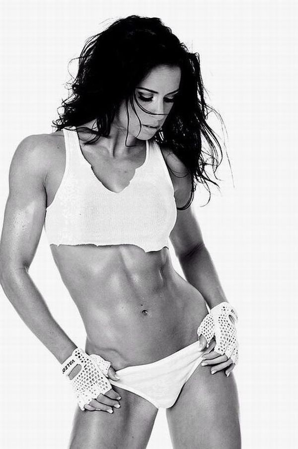 woman abs bodybuilding fitness HD Wallpaper