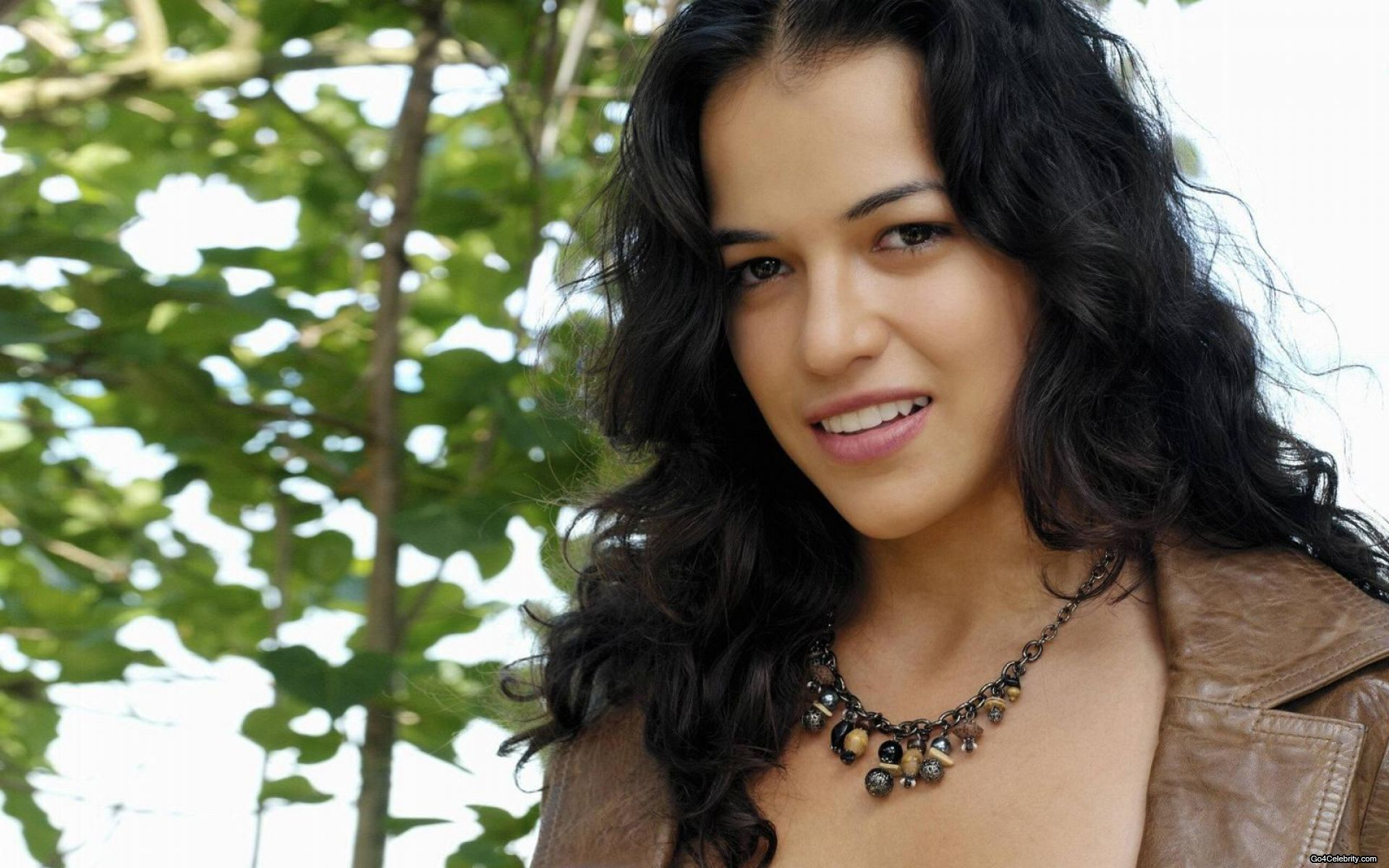 woman Actress Michelle Rodriguez HD Wallpaper