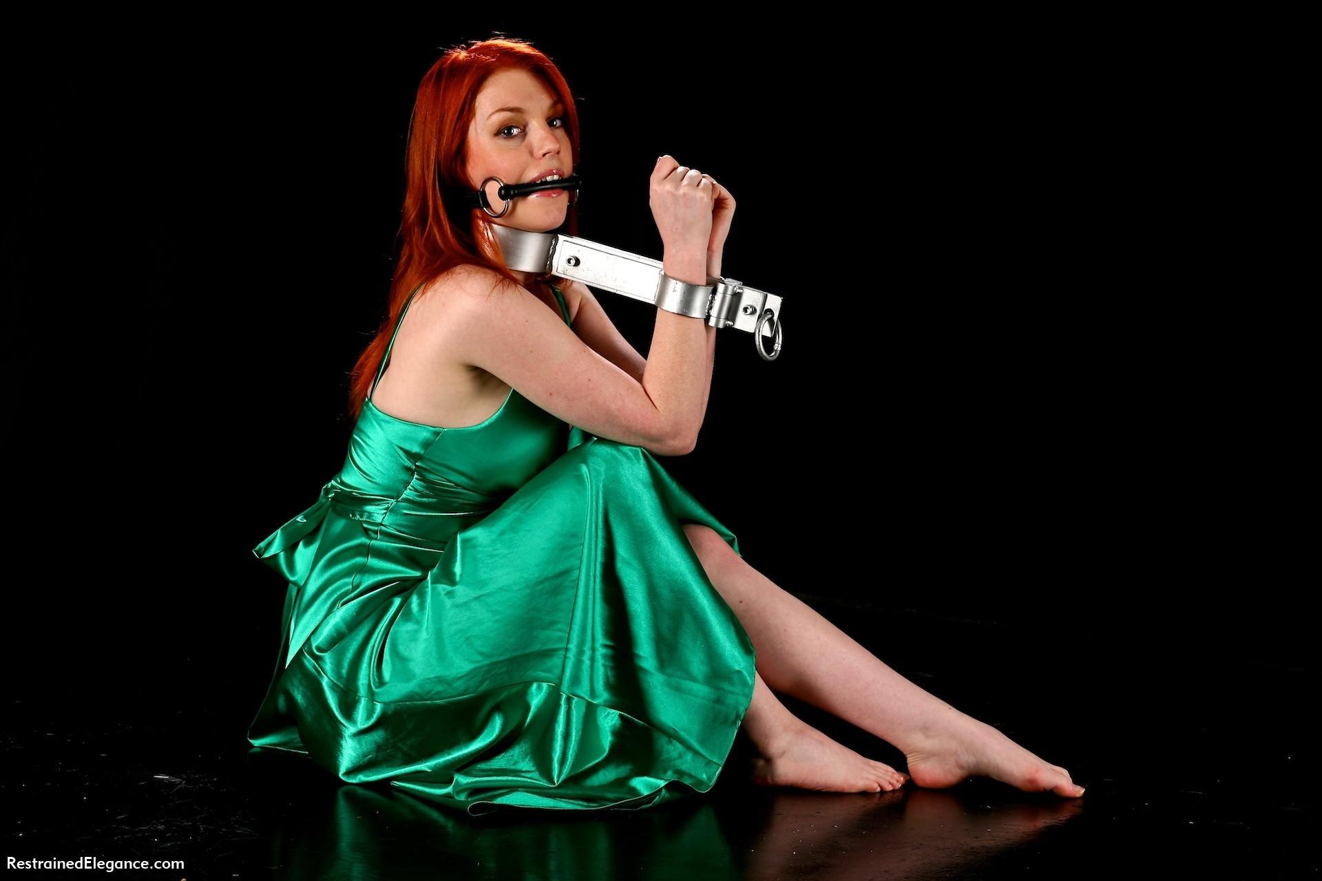 woman bondage redheads