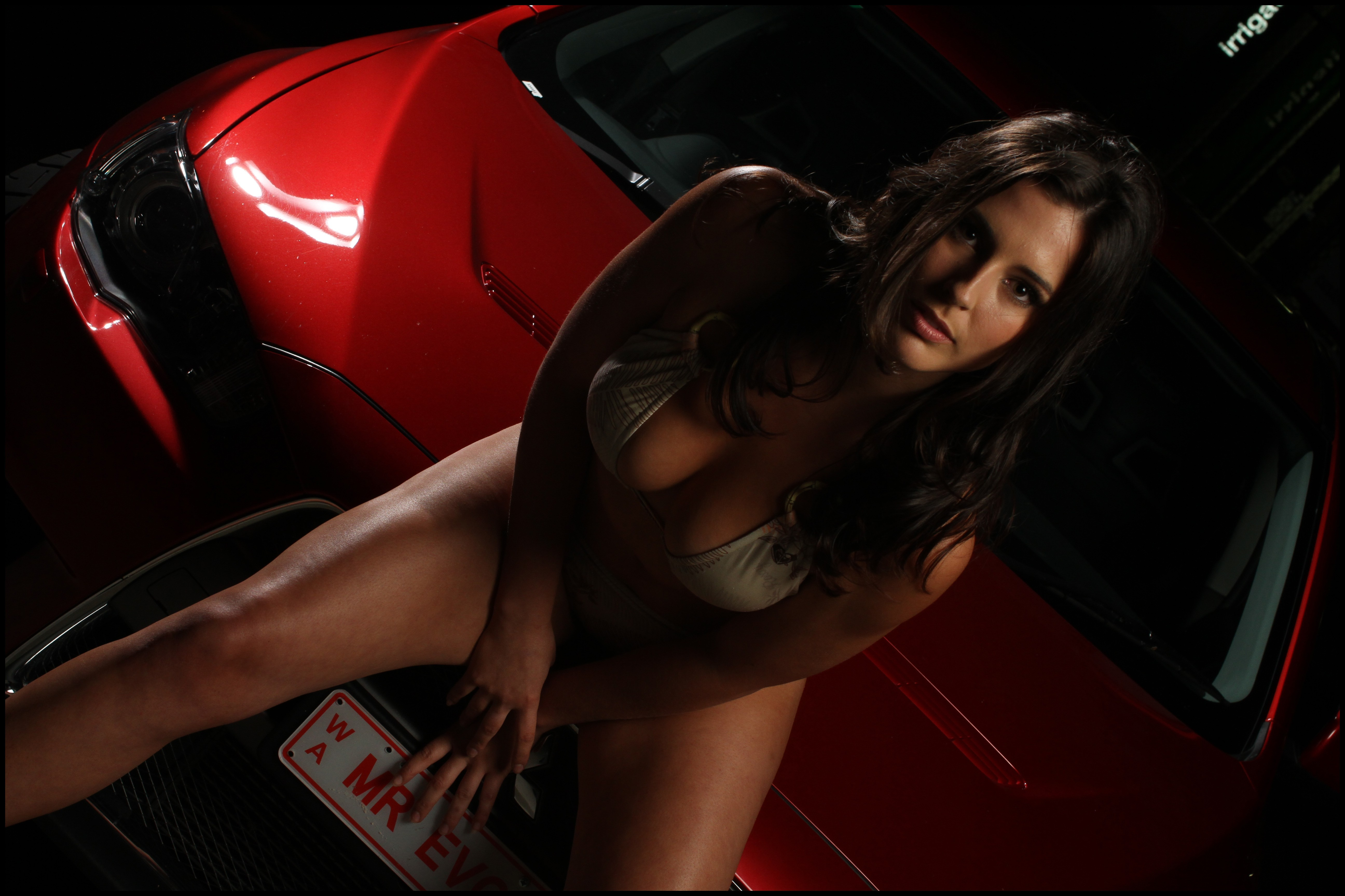 woman cars cleavage girls