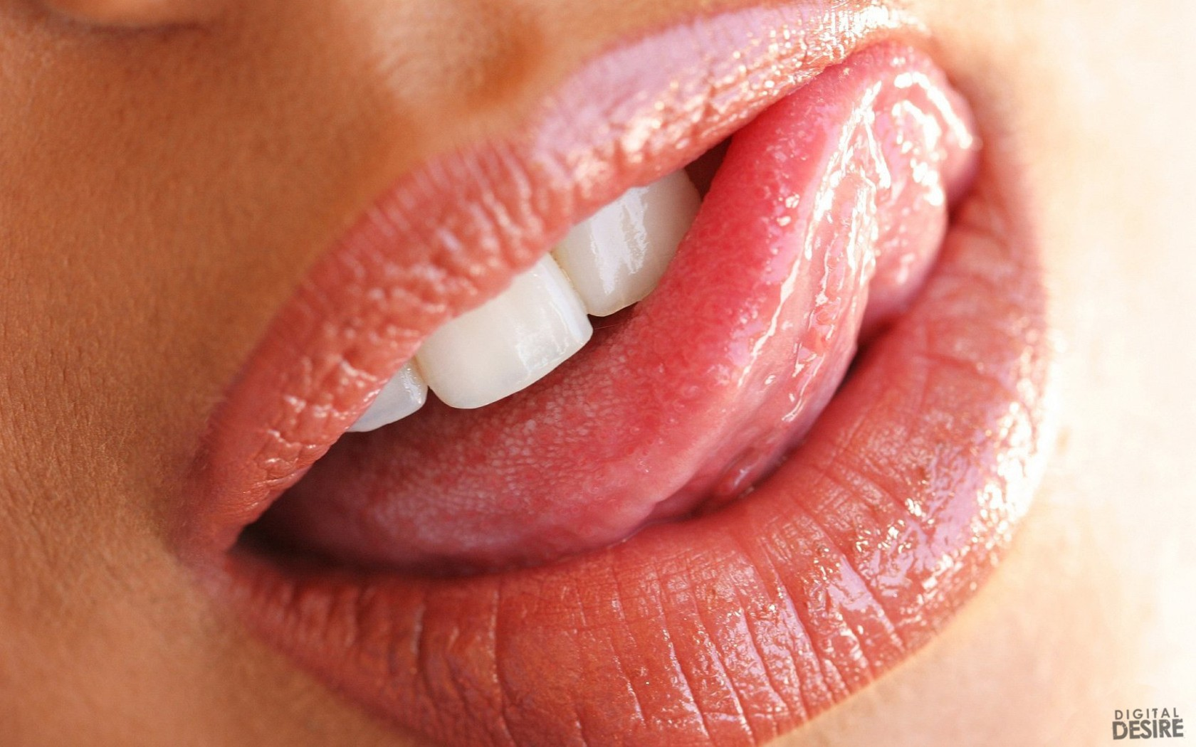 woman close-up lips mouth HD Wallpaper