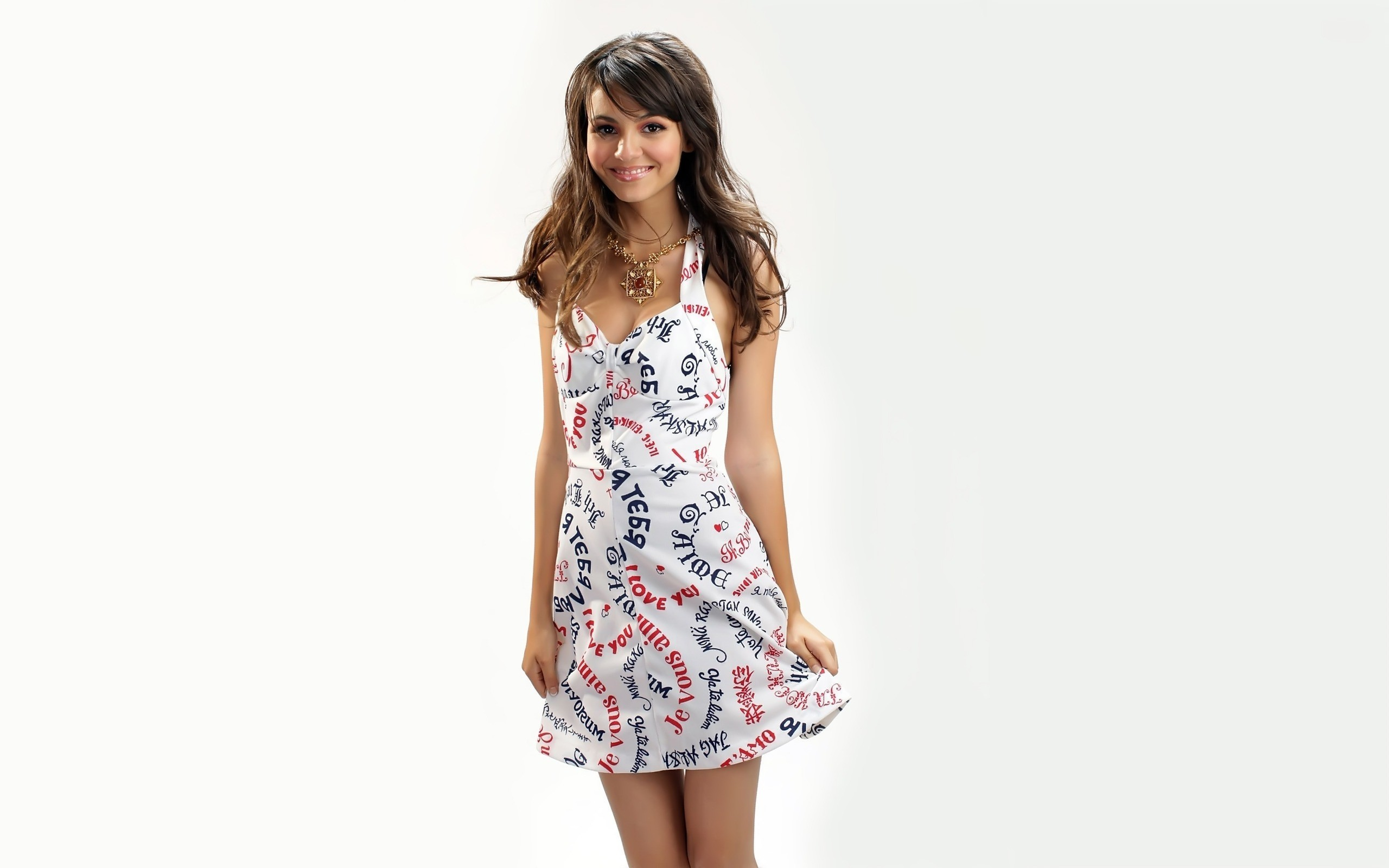 woman dress white background victoria justice HD Wallpaper