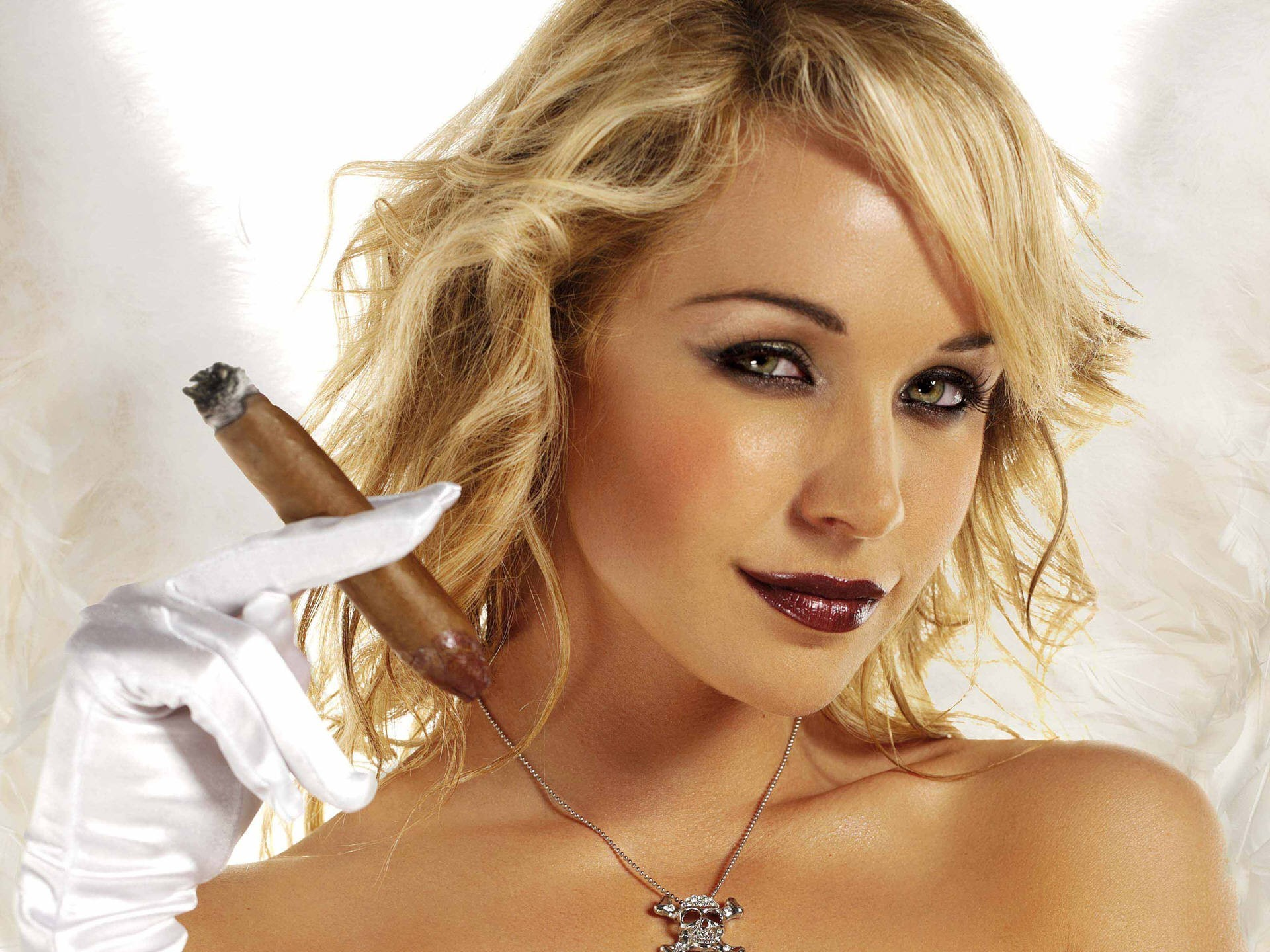woman Emily Scott cigars HD Wallpaper