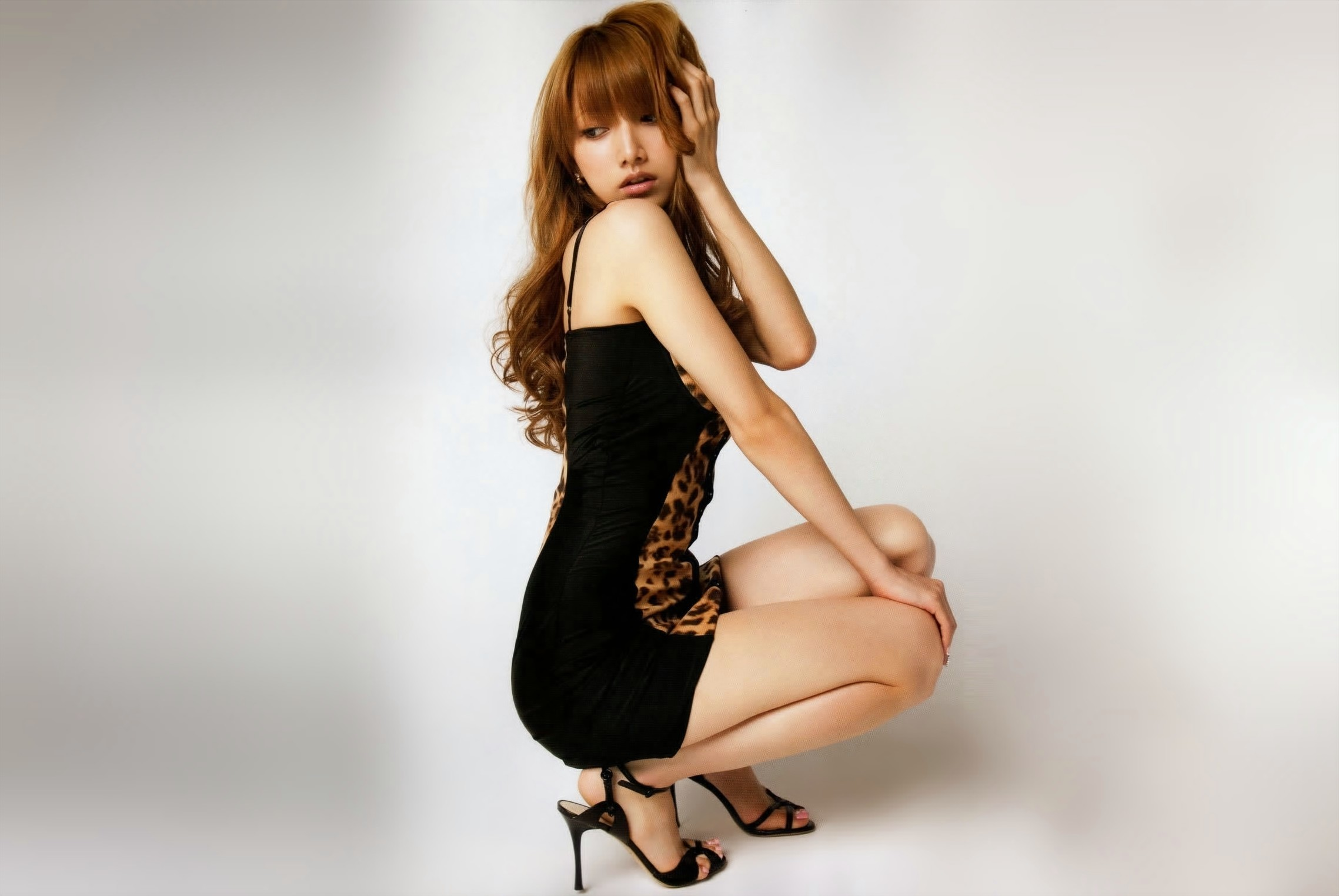 woman high heels asians HD Wallpaper