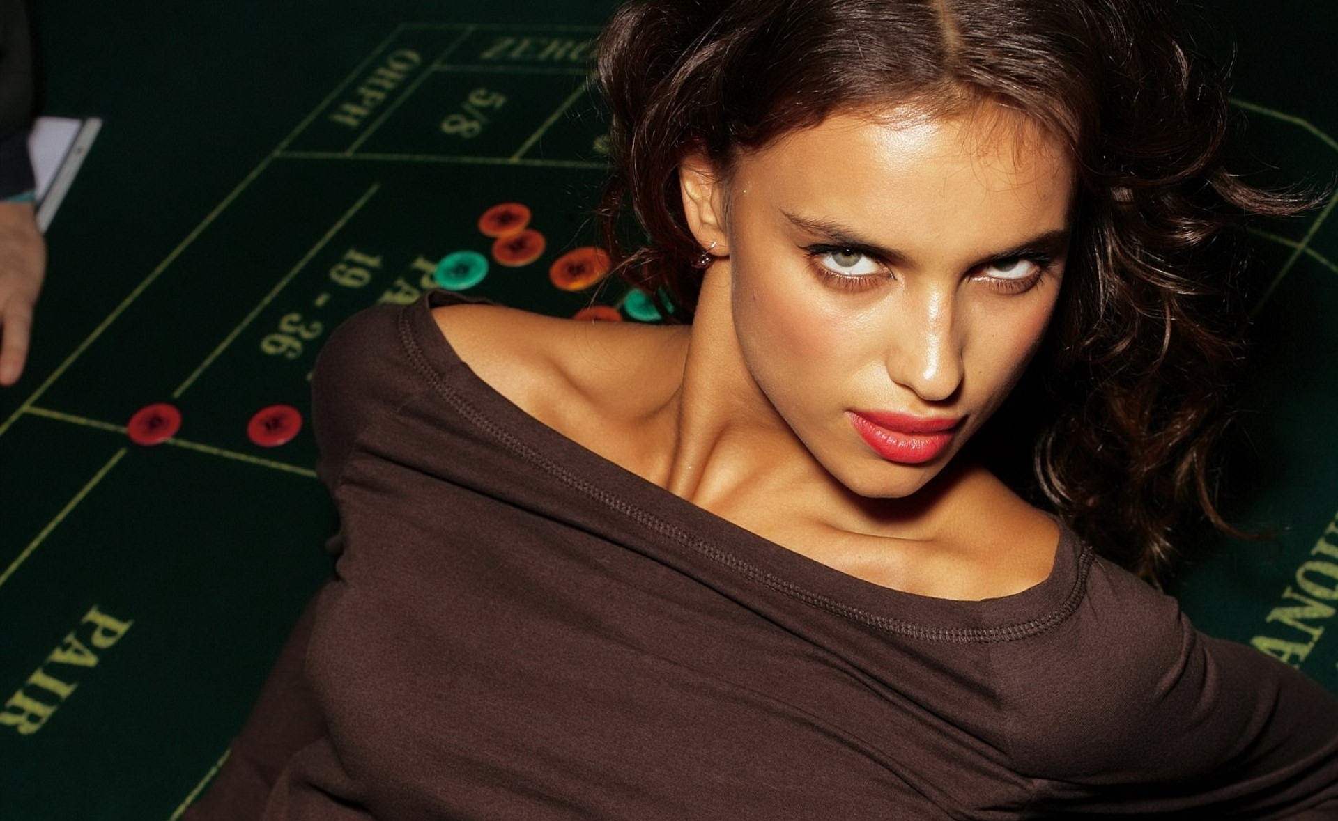 woman irina shayk HD Wallpaper