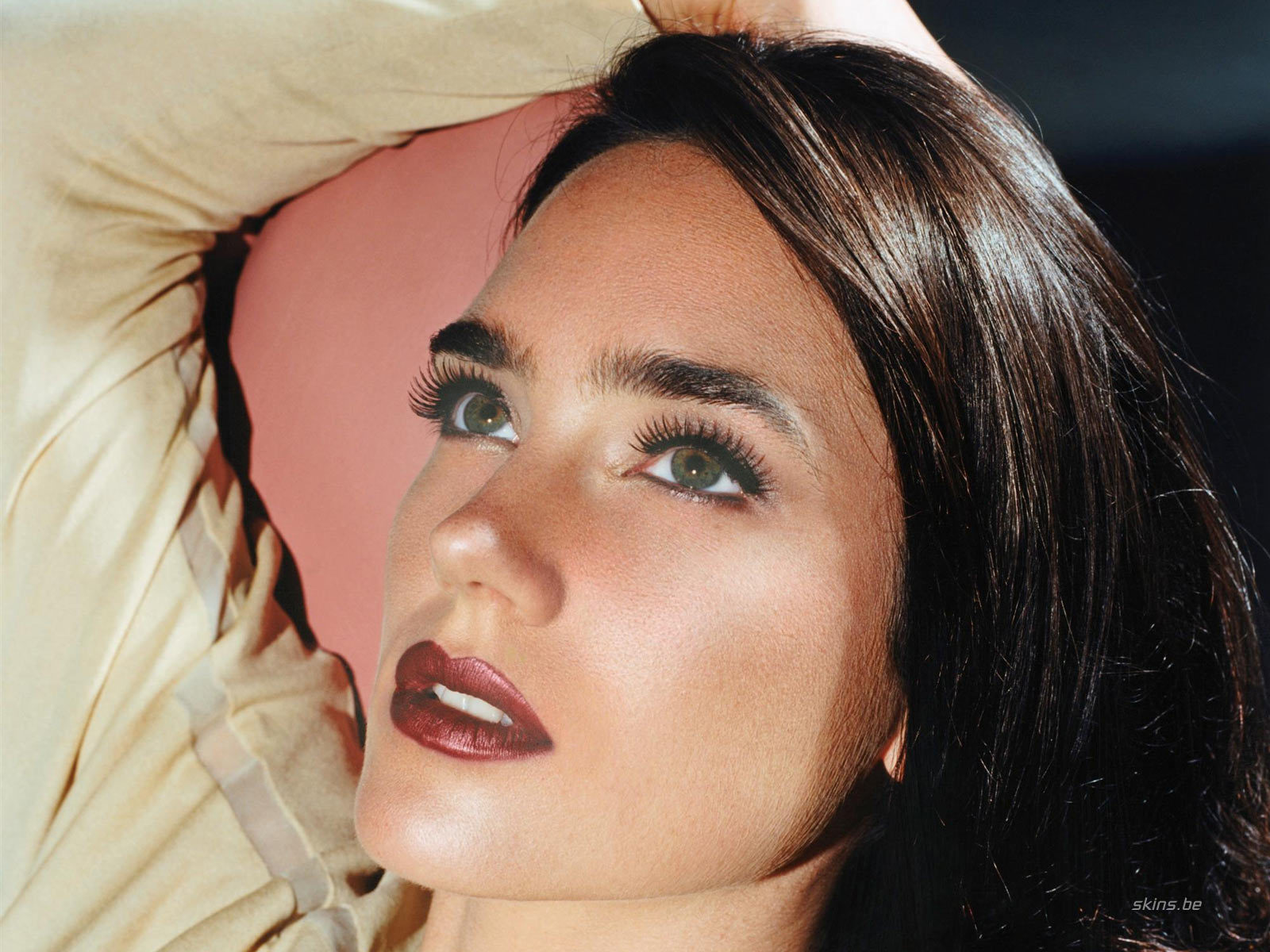 woman Jennifer Connelly faces HD Wallpaper
