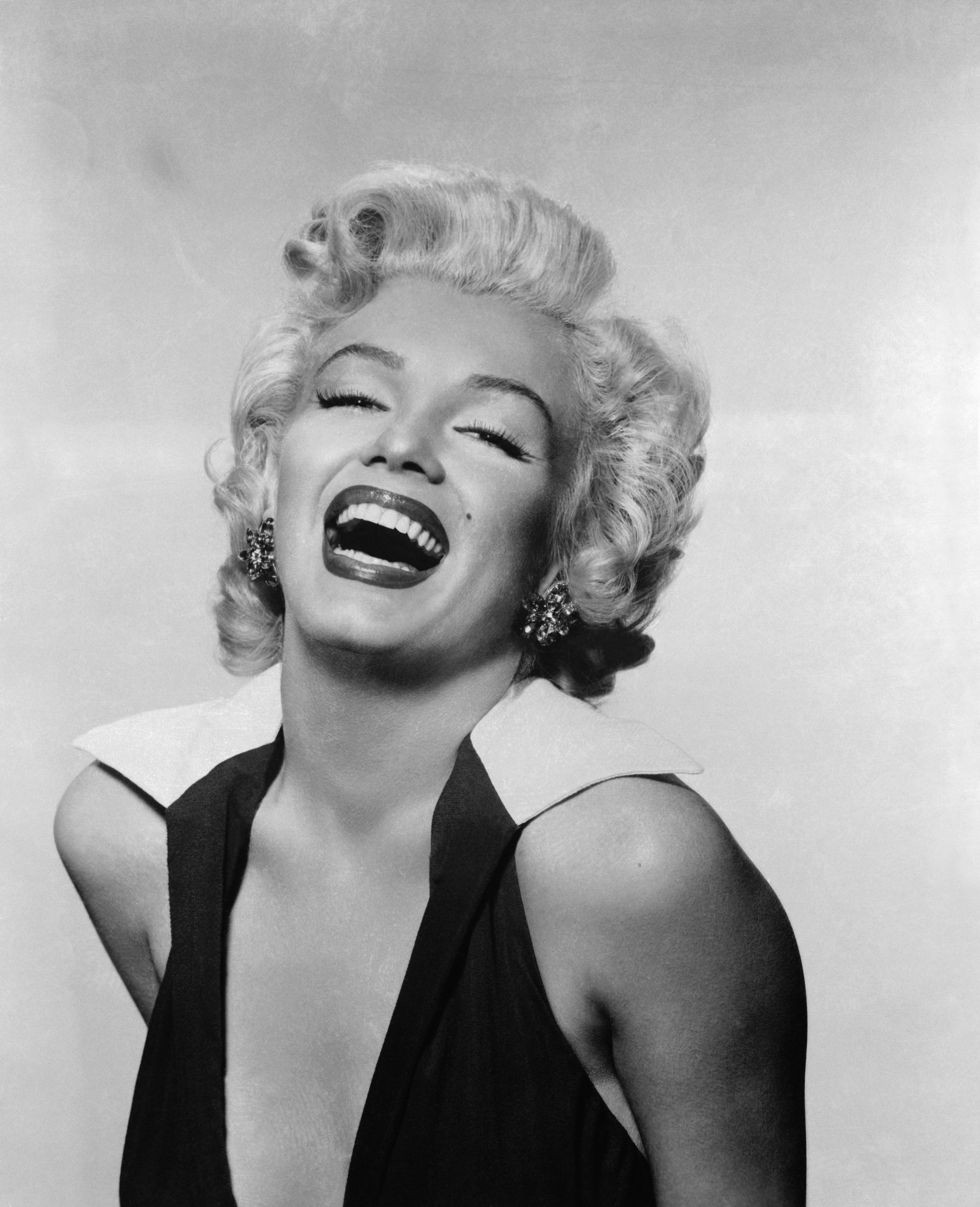 woman Marilyn Monroe monochrome HD Wallpaper