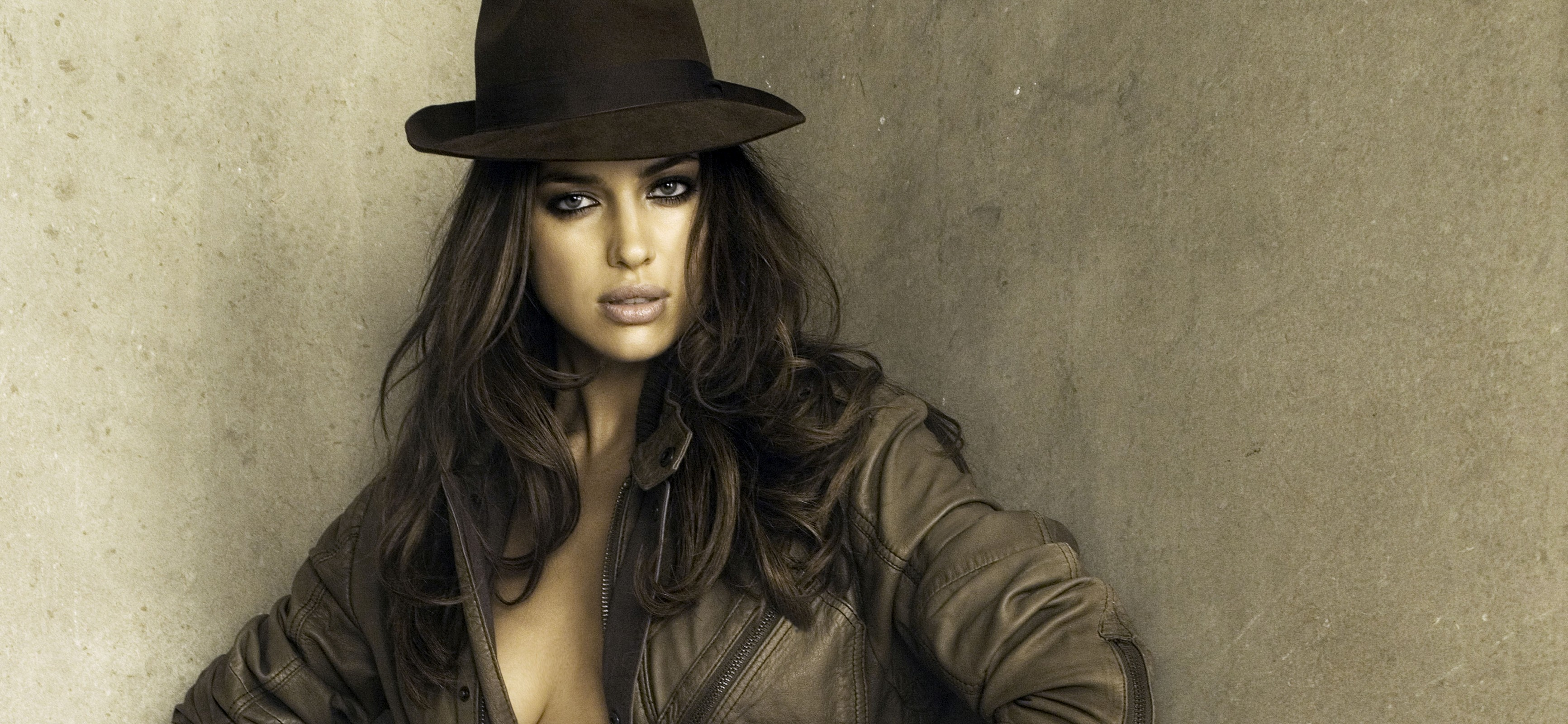 woman models irina shayk HD Wallpaper