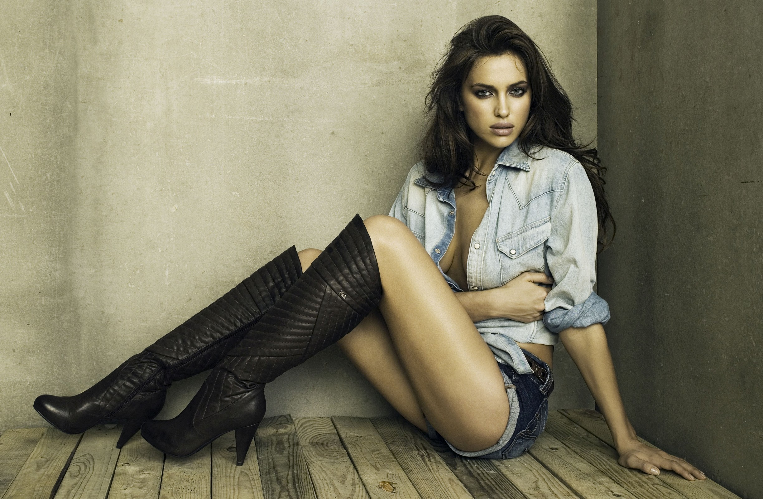 woman models irina shayk