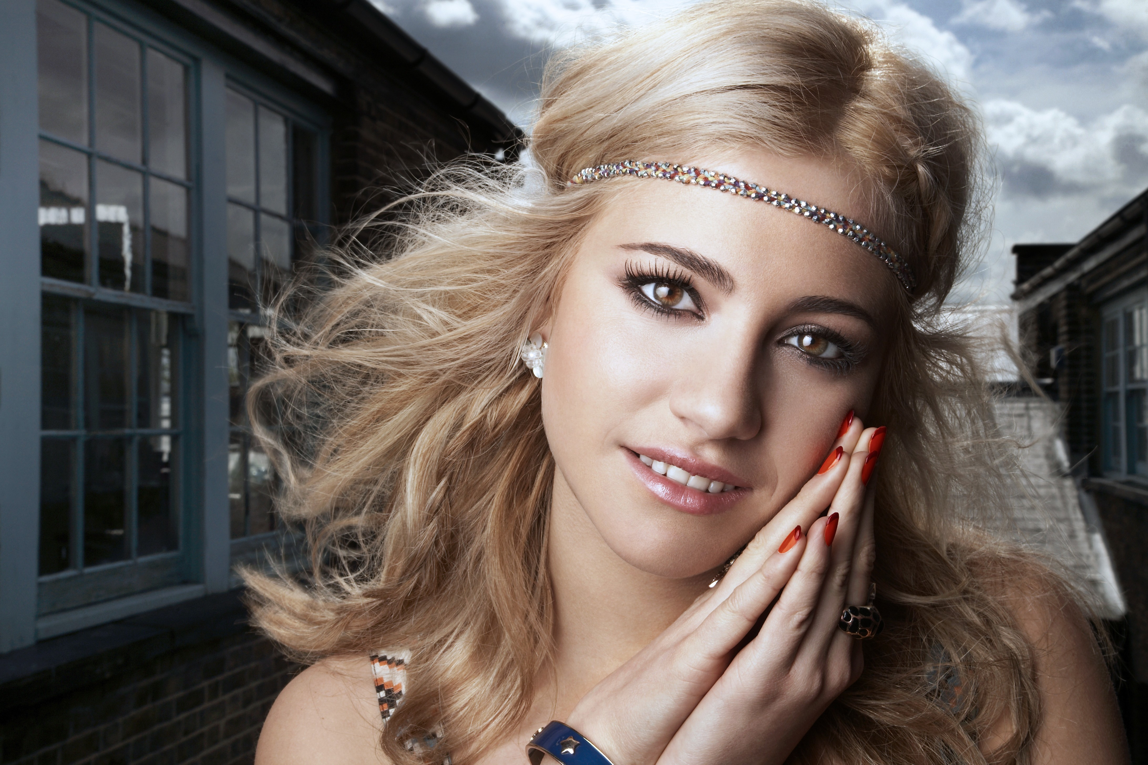 woman Music pixie lott HD Wallpaper