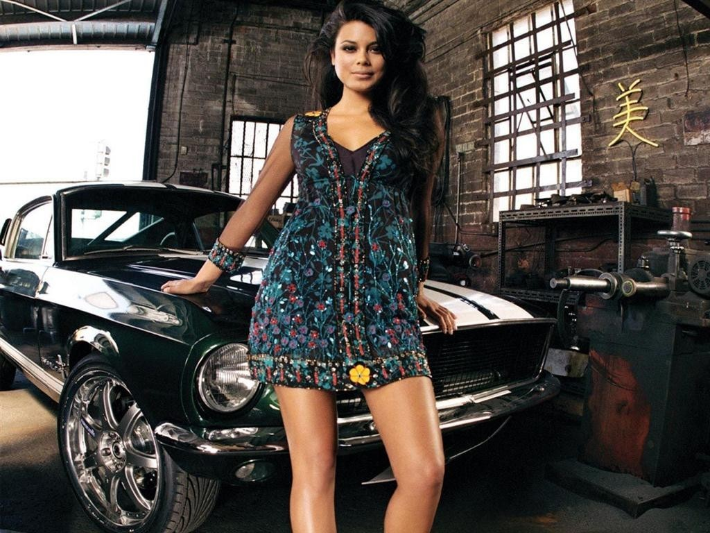 woman nathalie kelley vehicles HD Wallpaper