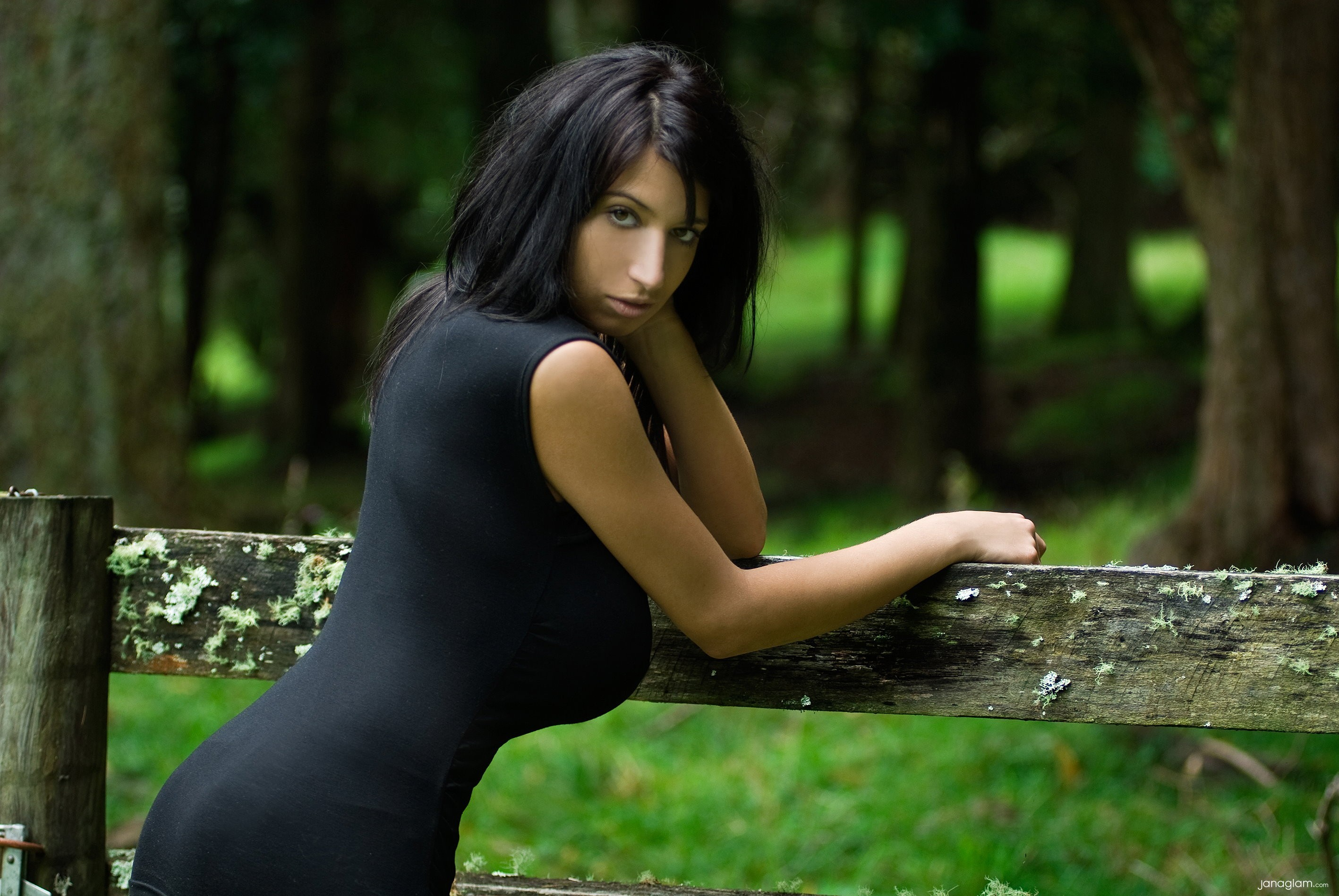 woman outdoors brunettes models black dress