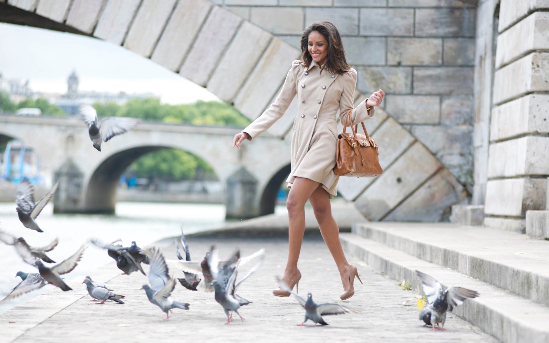 woman Pigeons Bridges coat handbag high heels HD Wallpaper