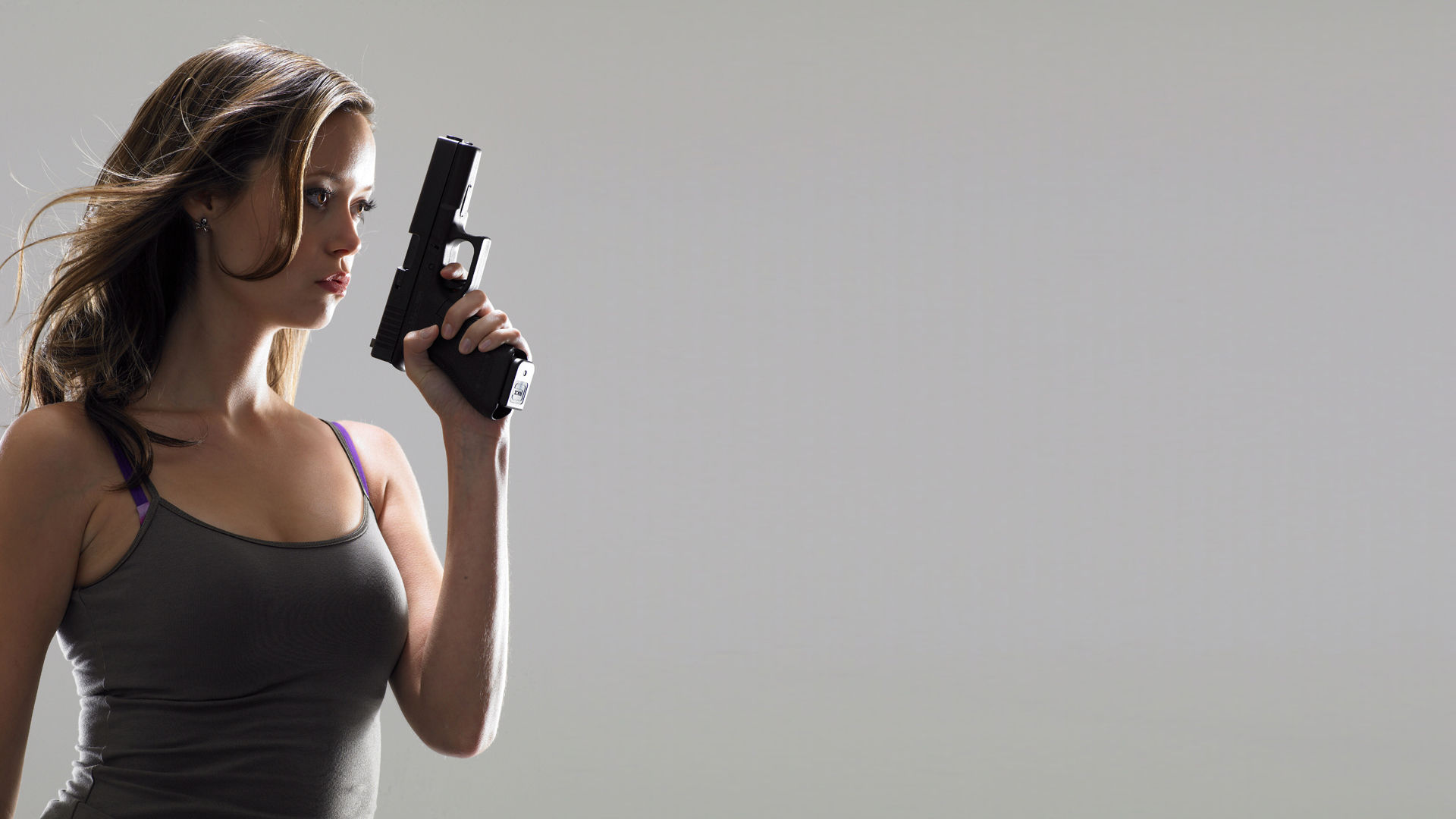 woman pistols Guns summer HD Wallpaper