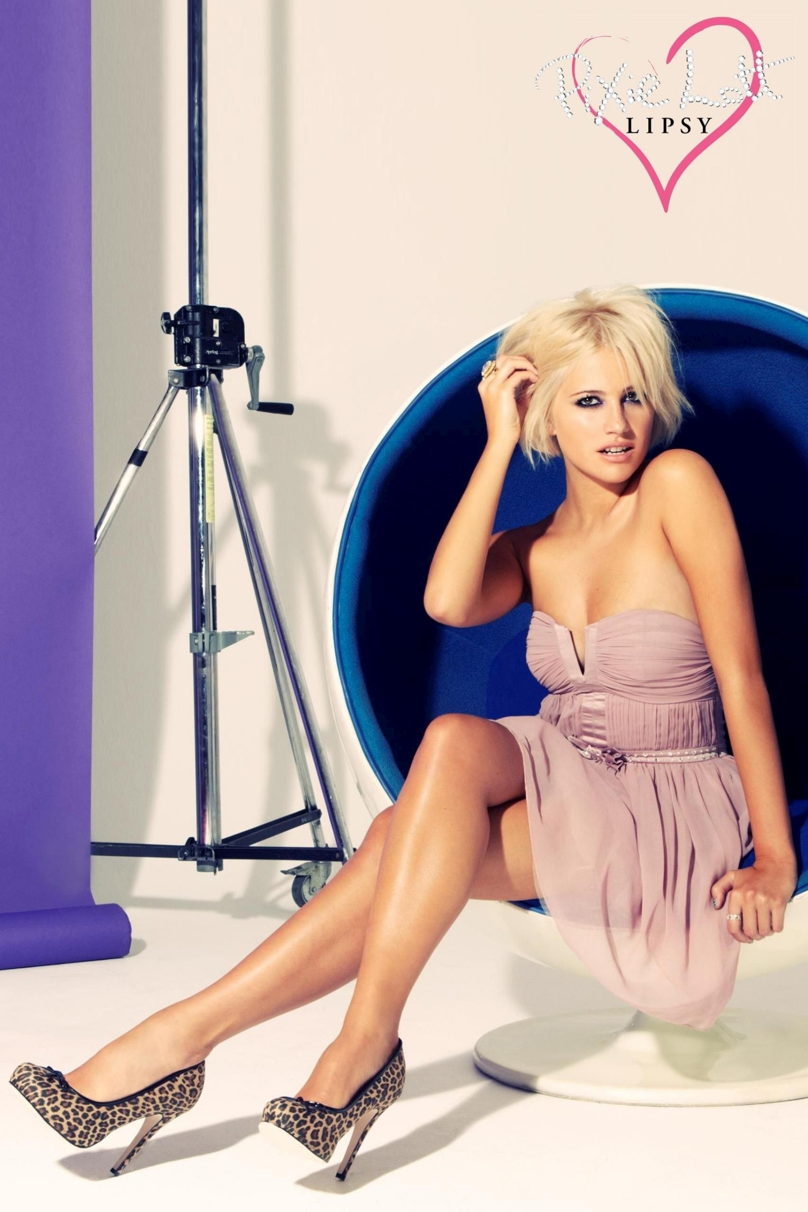 woman pixie lott HD Wallpaper