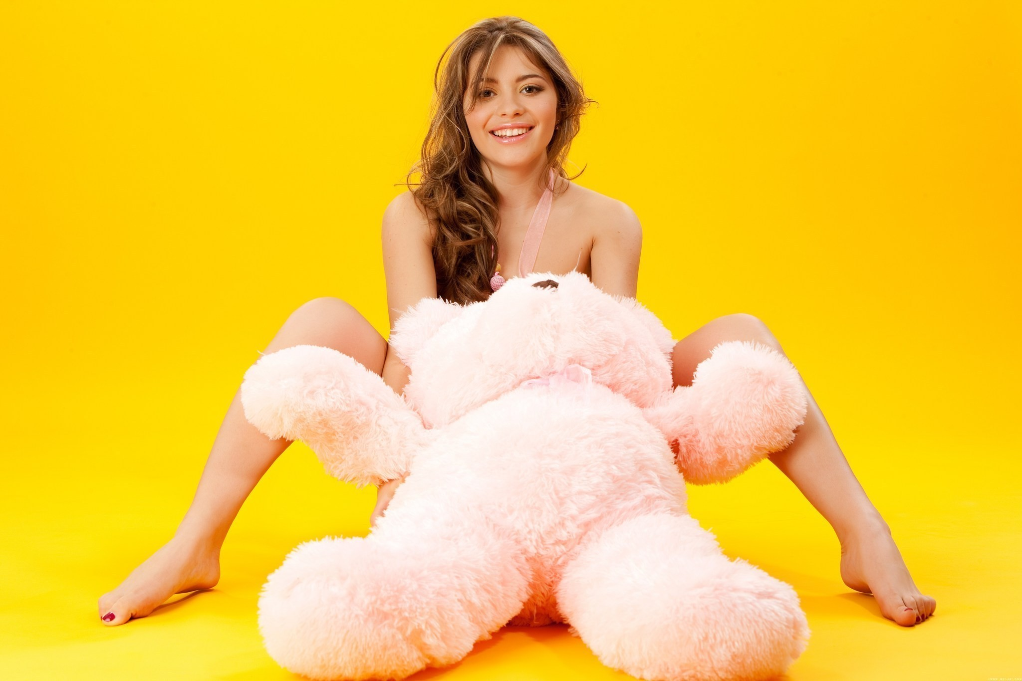 woman stuffed animals nude HD Wallpaper