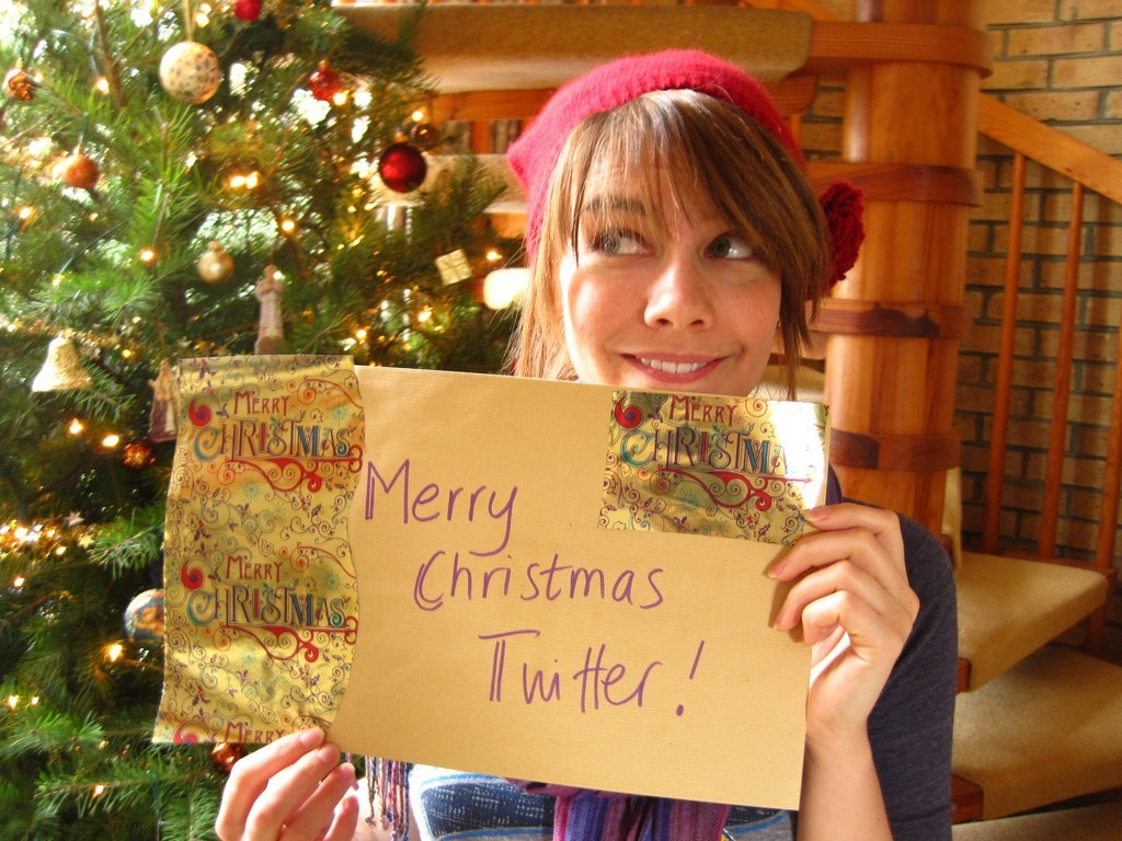 woman Twitter Christmas Christmas HD Wallpaper