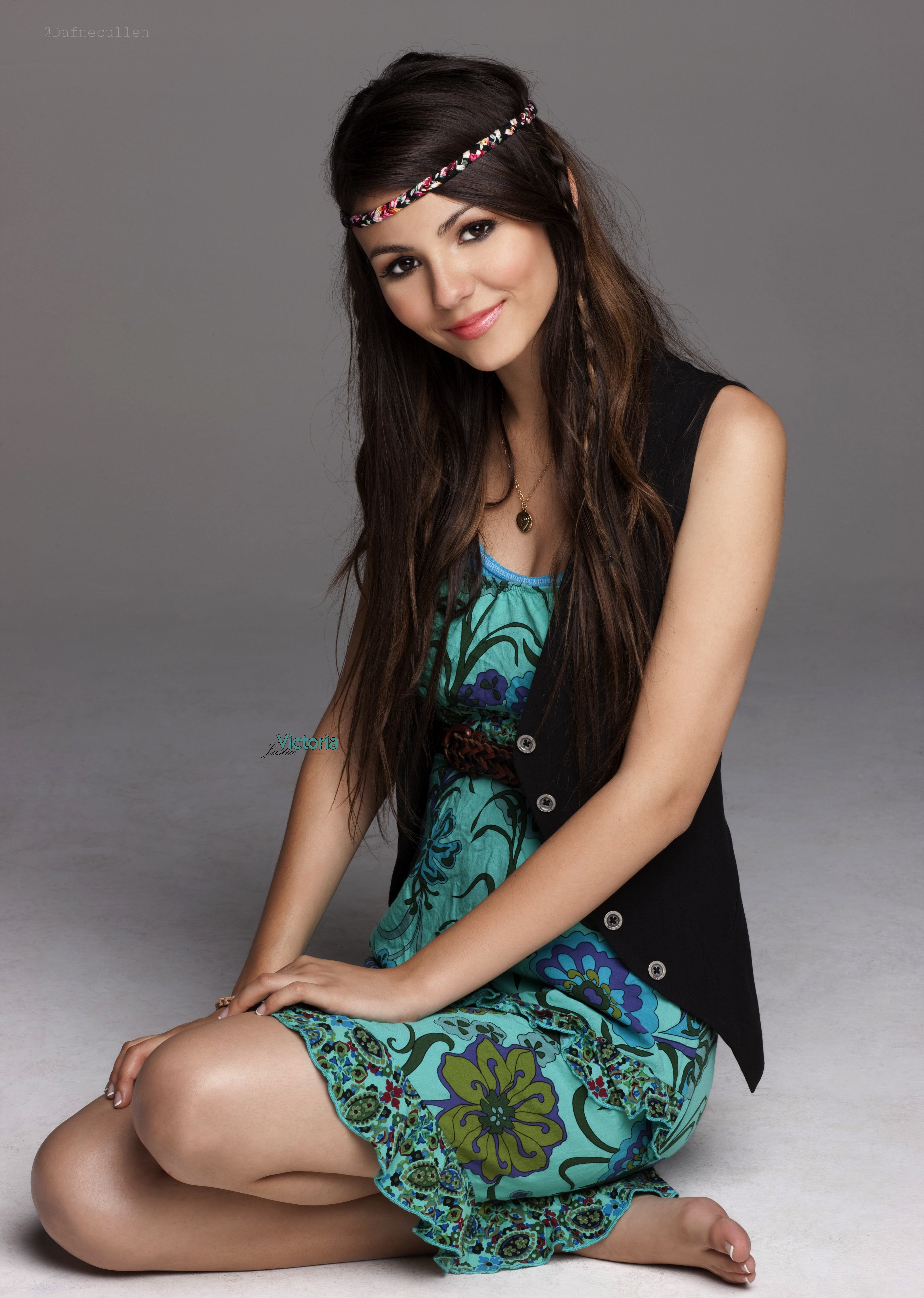 woman victoria justice brunettes singers