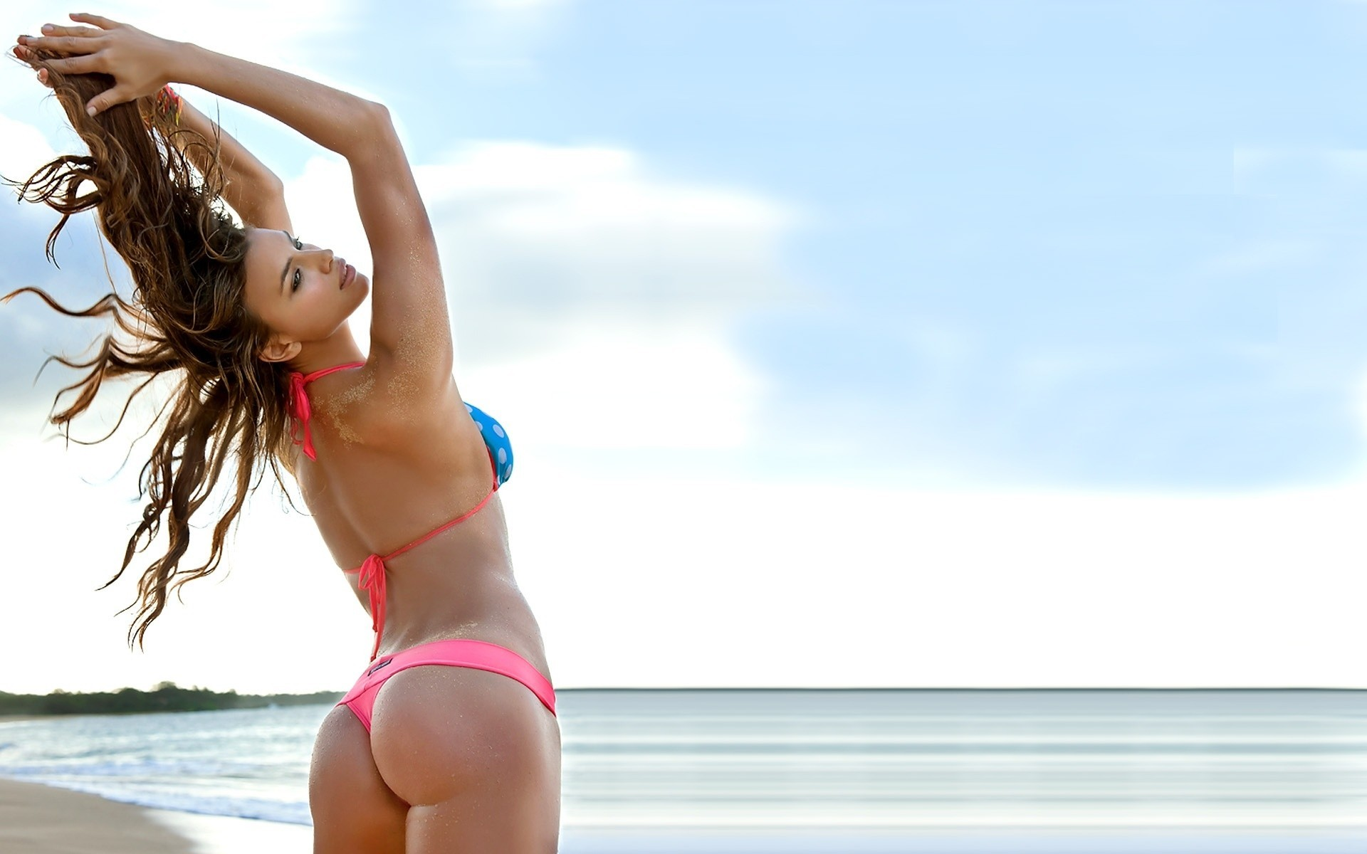 Women bikini beach ass HD Wallpaper