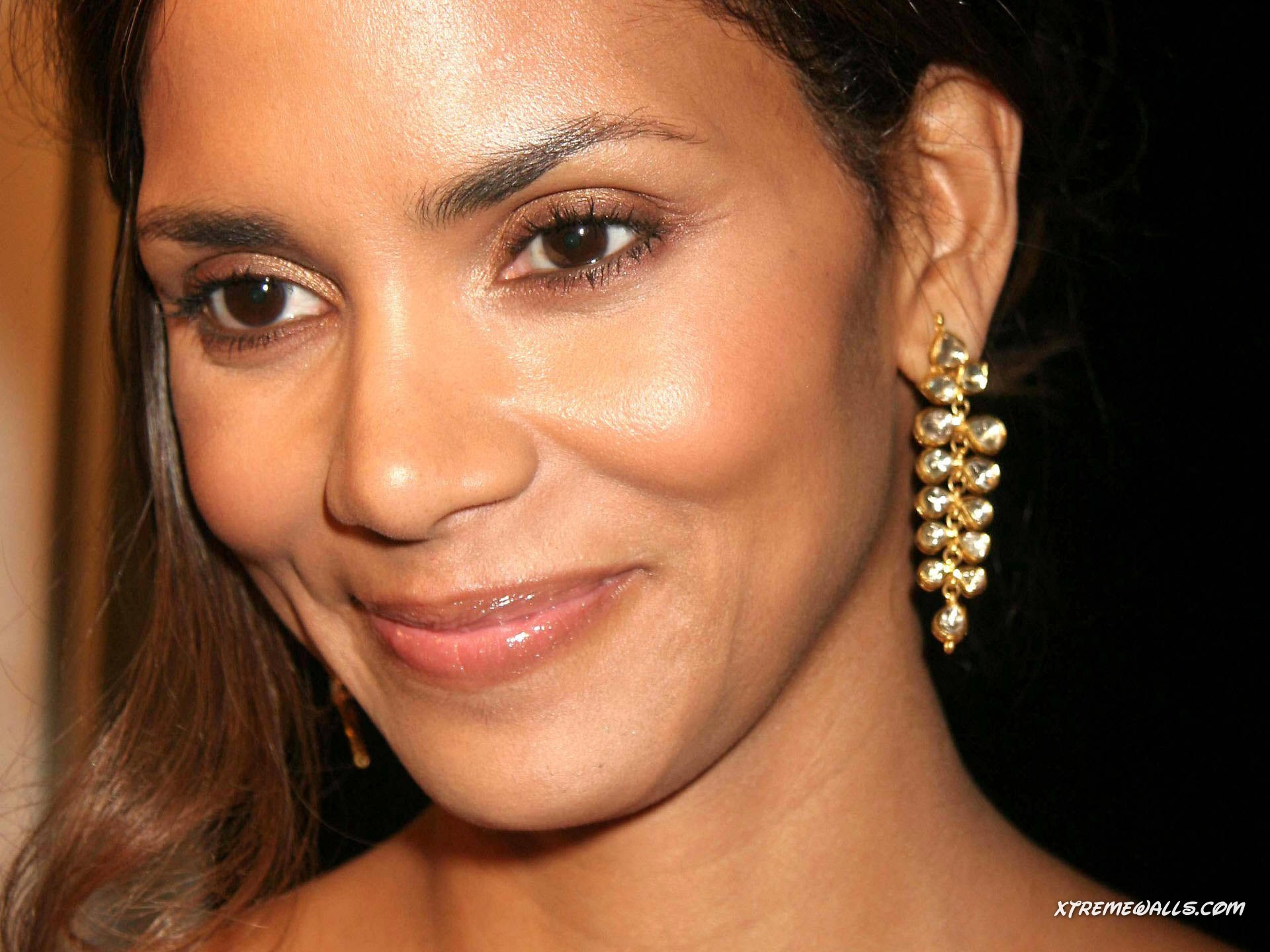Women halle berry girl HD Wallpaper