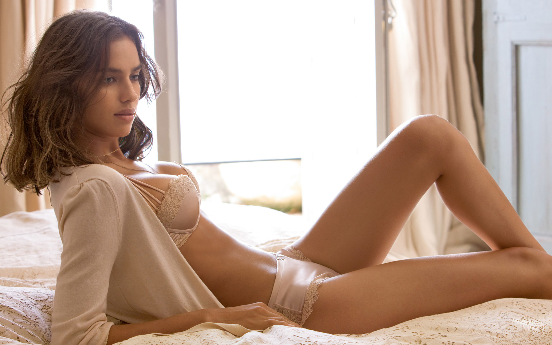 Women Irina shayk girl HD Wallpaper