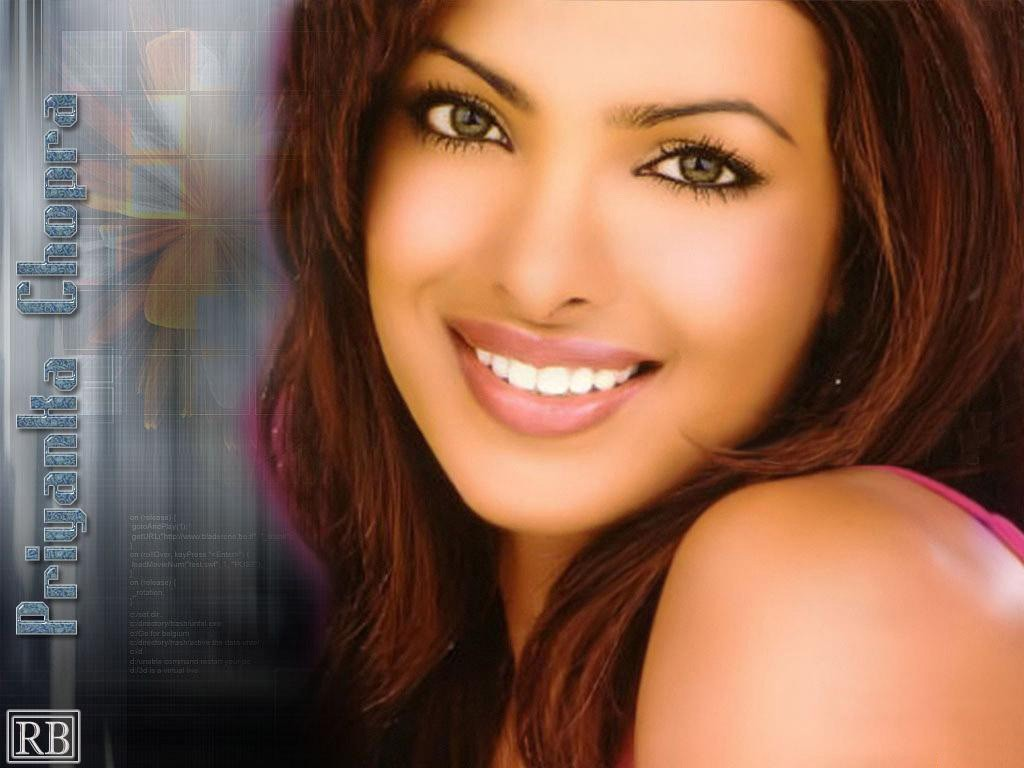 Women low priyanka chopra HD Wallpaper