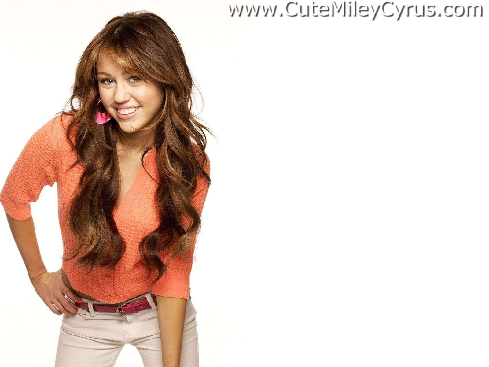 Women miley cyrus Celebrity HD Wallpaper