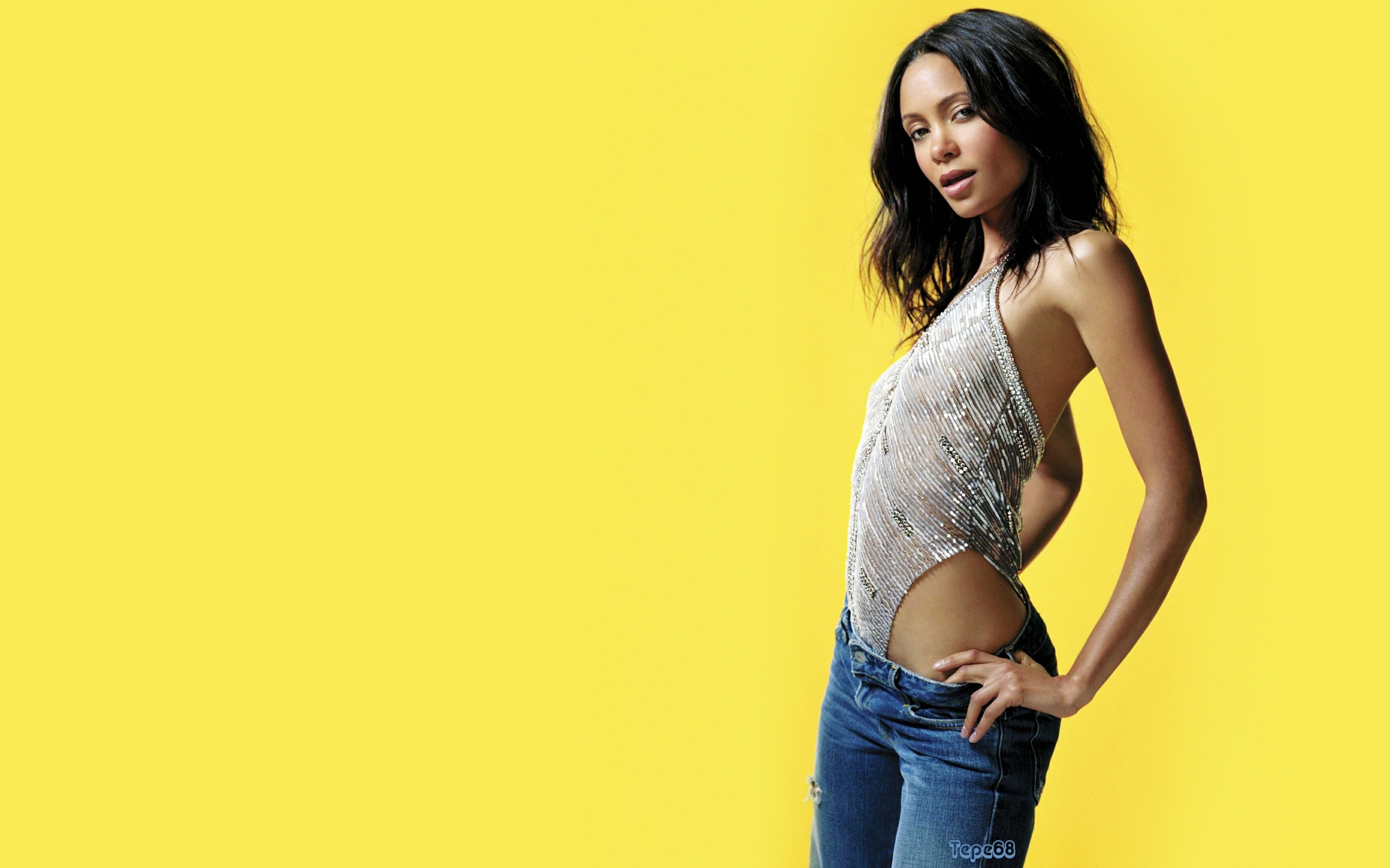 yellow background Thandie Newton HD Wallpaper